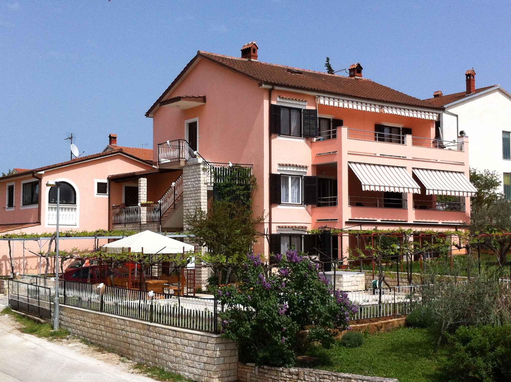 Ferienwohnung mit Pool und Grill (280662), Pula, , Istrien, Kroatien, Bild 2