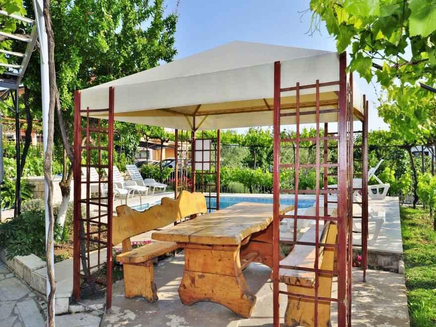 Ferienwohnung mit Pool und Grill (280662), Pula, , Istrien, Kroatien, Bild 11