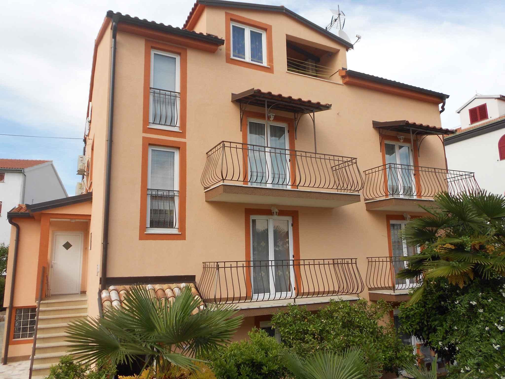 Ferienwohnung mit Terrasse und Klimaanlage (280995), Rovinj, , Istrien, Kroatien, Bild 2