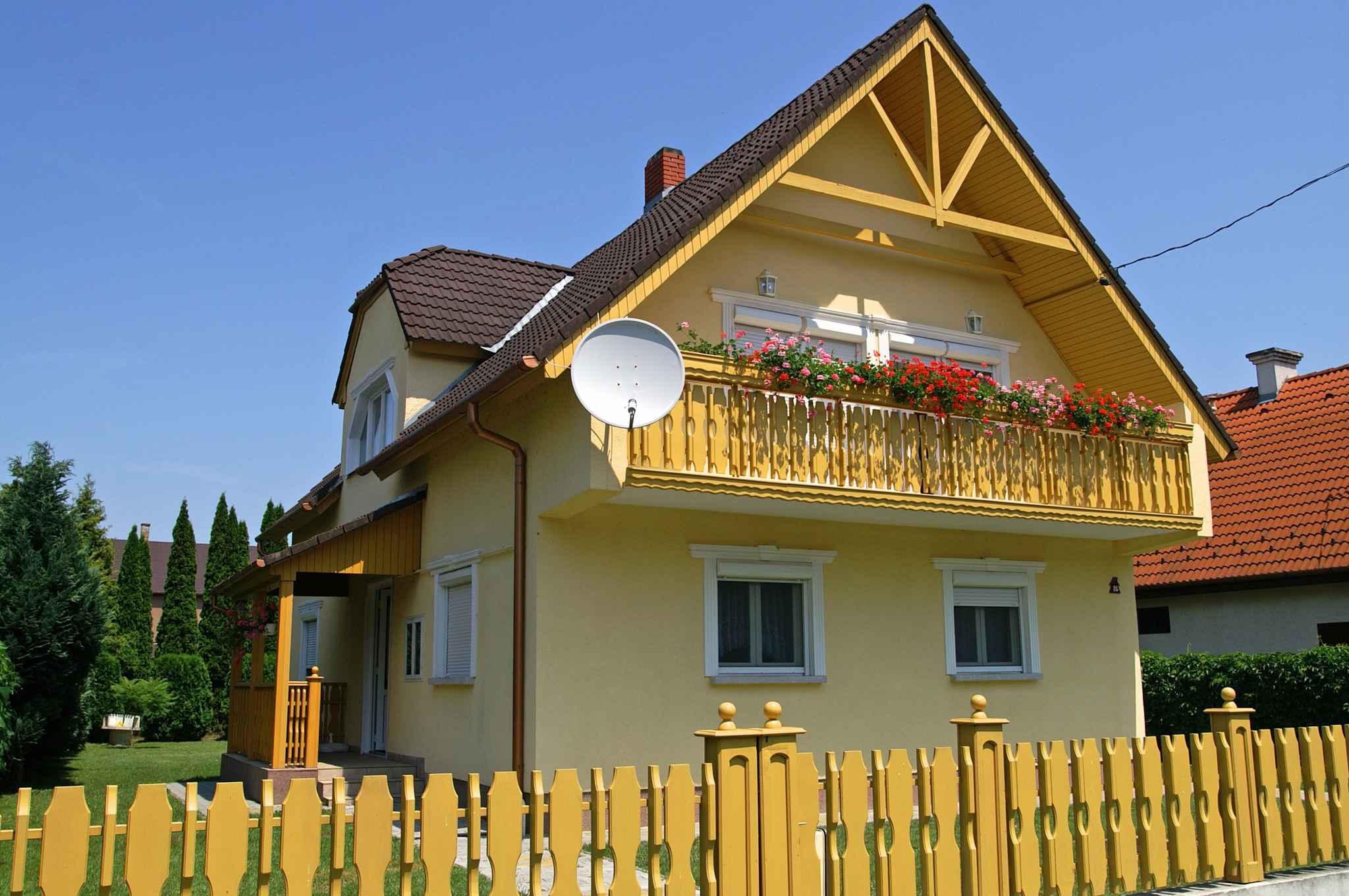 Ferienhaus In der Nähe des Zentrums mit sch&o  in Ungarn
