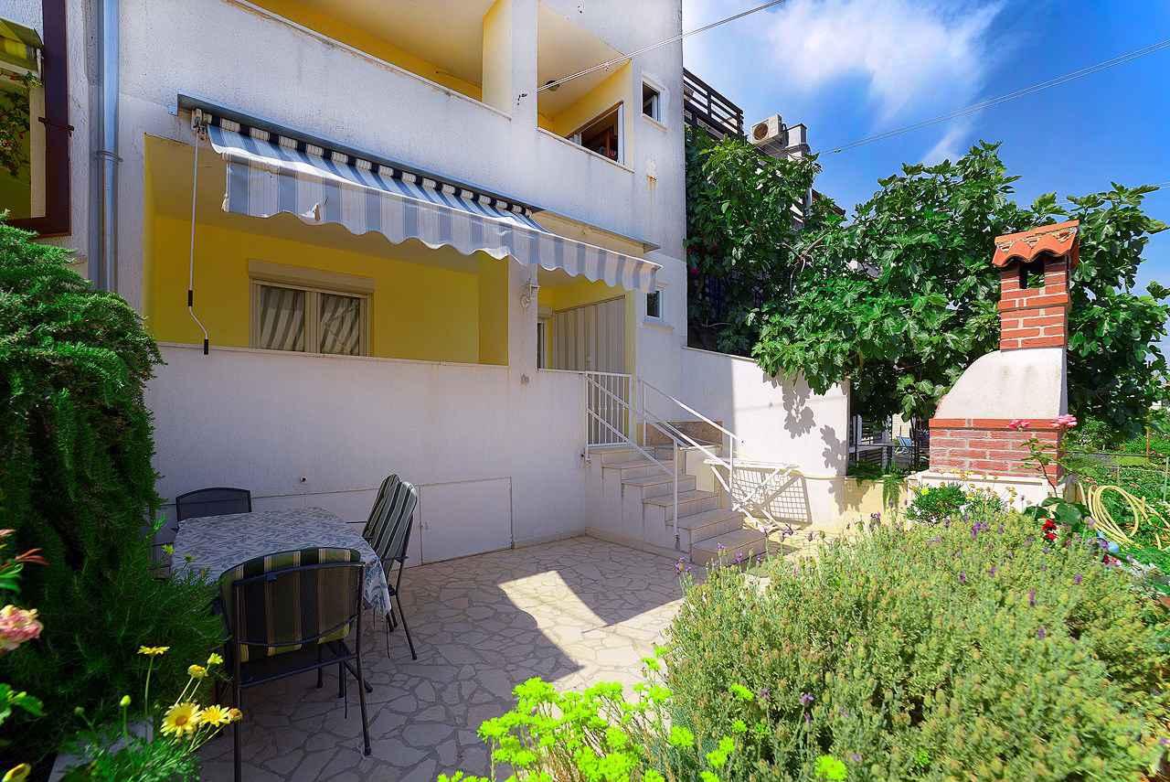 Ferienwohnung mit überdachter Loggia (280655), Pula, , Istrien, Kroatien, Bild 1