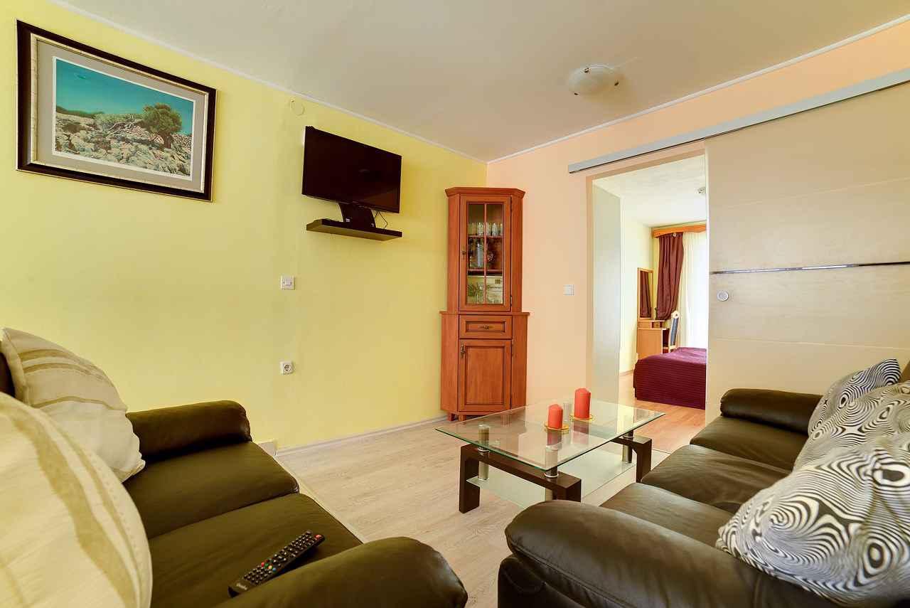 Ferienwohnung mit überdachter Loggia (280655), Pula, , Istrien, Kroatien, Bild 10