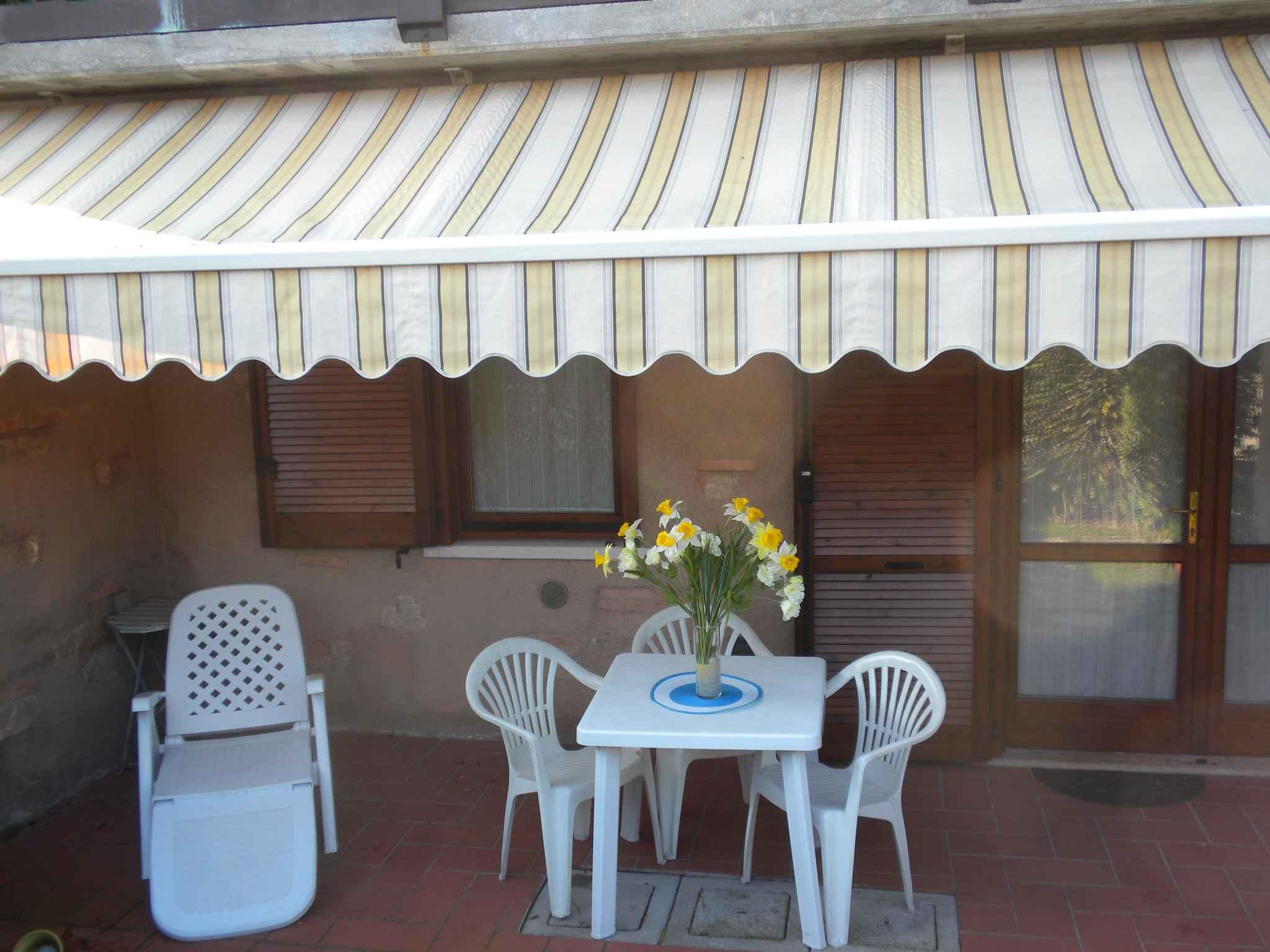 Ferienwohnung Wohnung mit privatem Garten in g&uum   Gardasee - Lago di Garda
