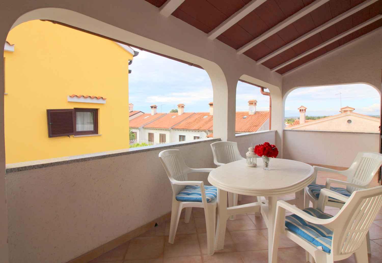 Ferienwohnung mit schönem Balkon und Gartenmöbeln (280241), Porec, , Istrien, Kroatien, Bild 4