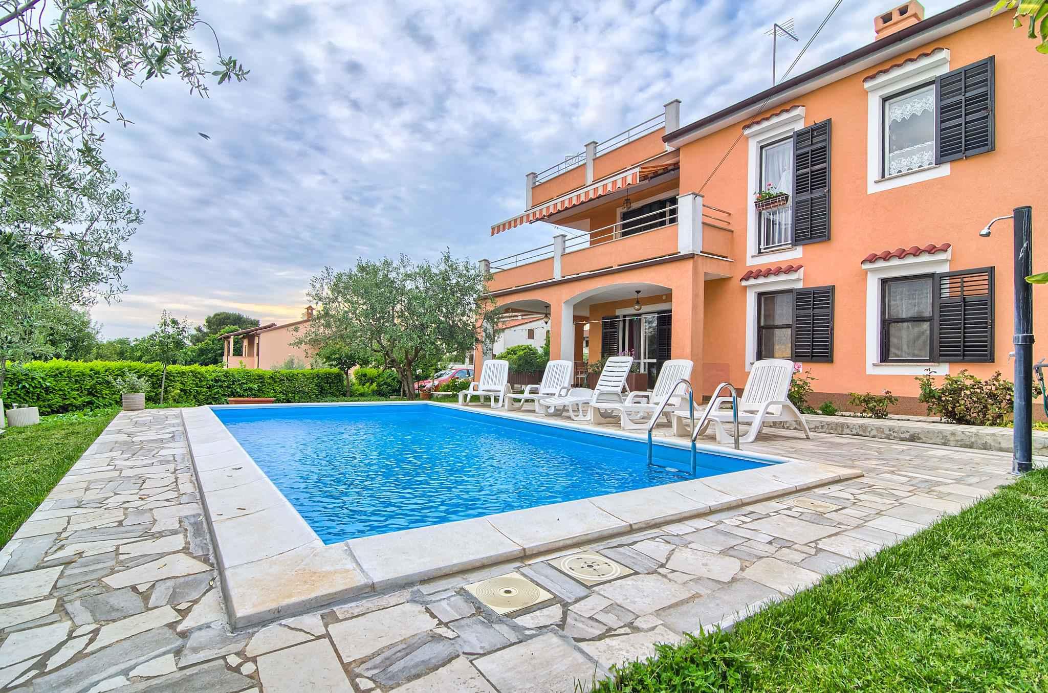 Ferienwohnung mit Pool und 32 qm Terrasse (280631), Pula, , Istrien, Kroatien, Bild 3
