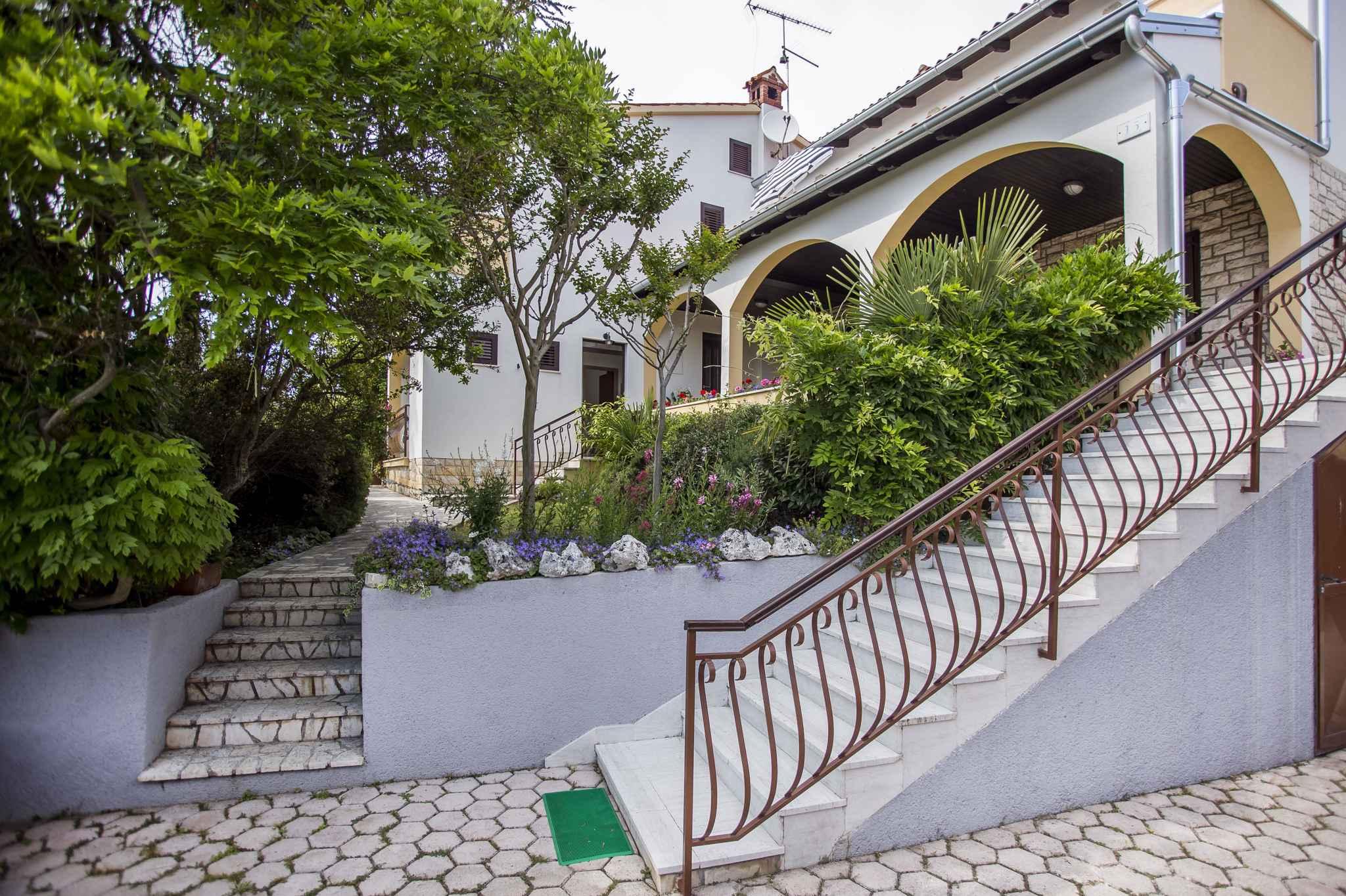 Ferienwohnung mit 2 Terrassen (281025), Rovinj, , Istrien, Kroatien, Bild 2