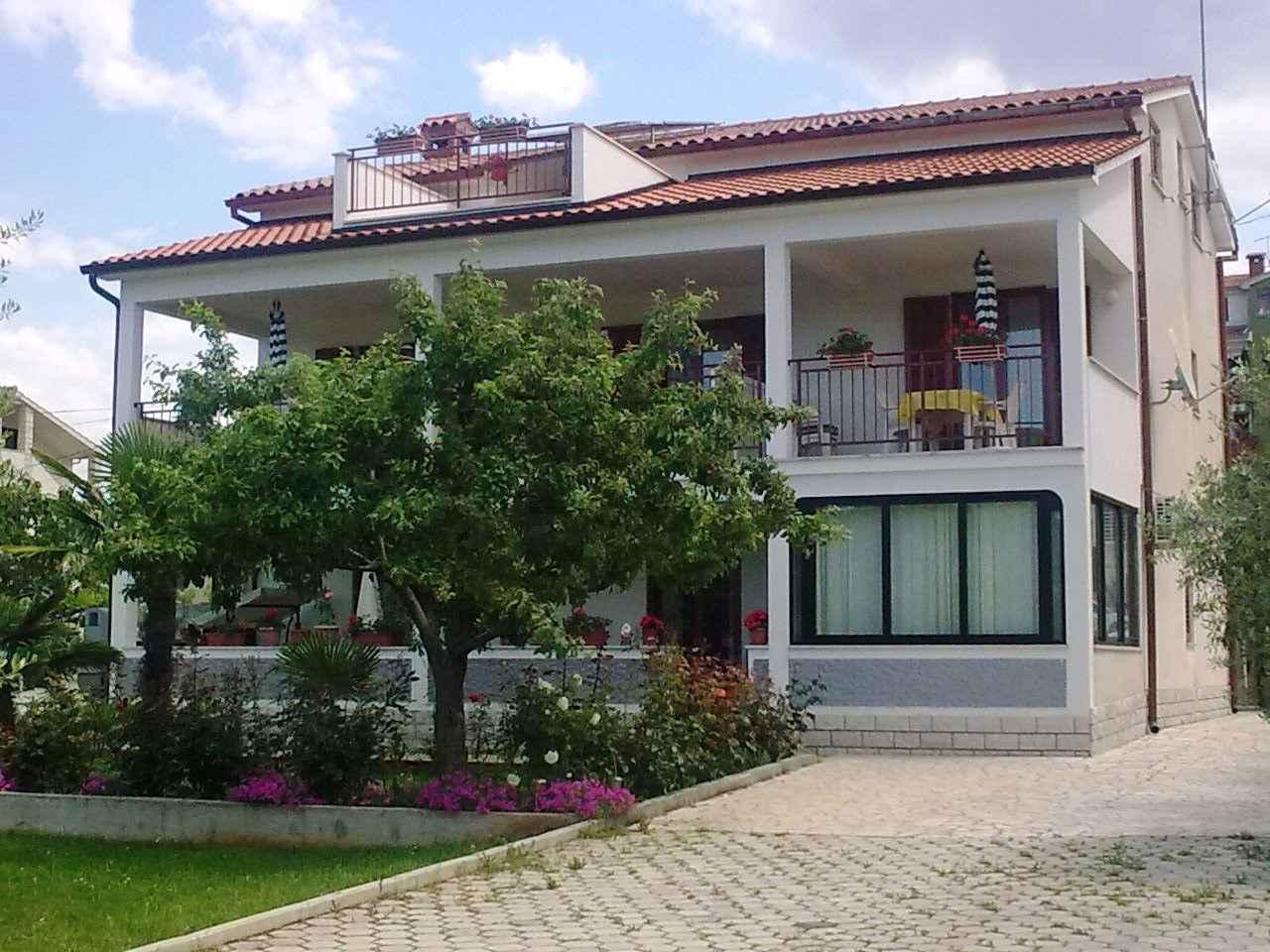 Ferienwohnung mit großer Terrasse (280329), Porec, , Istrien, Kroatien, Bild 2