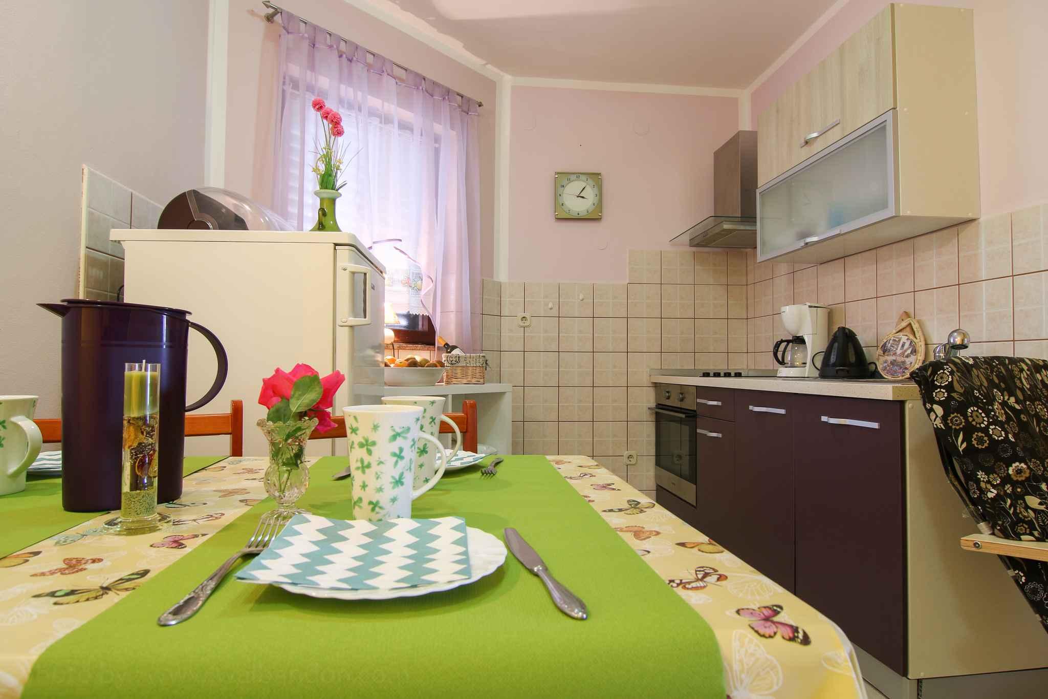 Ferienwohnung mit SAT-TV nur 200 m zum Kiesstrand (280836), Fažana, , Istrien, Kroatien, Bild 8