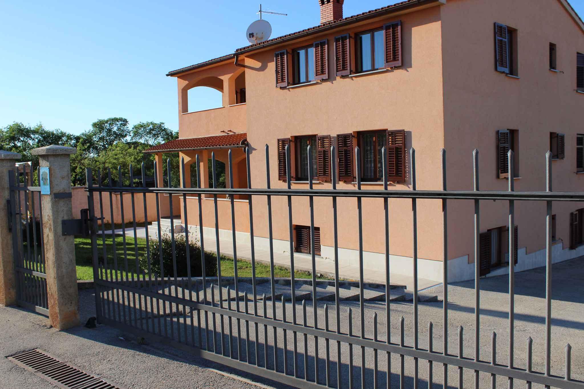 Ferienwohnung mit grosser Terrasse (279774), Fažana, , Istrien, Kroatien, Bild 1