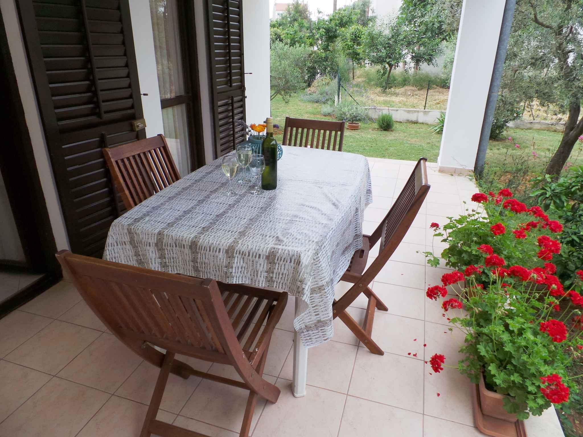 Ferienwohnung mit 14 qm Terrasse (279761), Fažana, , Istrien, Kroatien, Bild 8