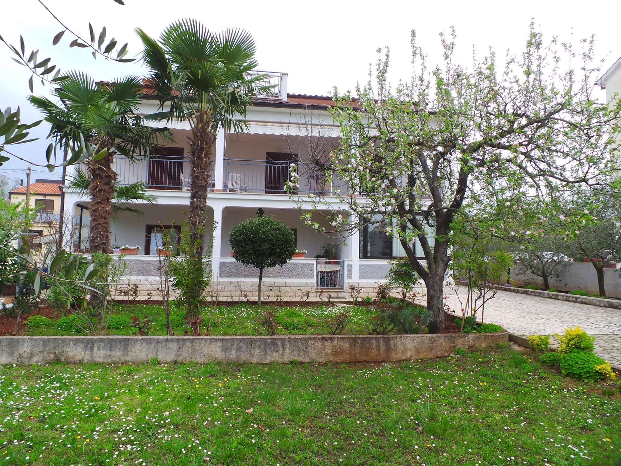 Ferienwohnung mit 24 qm großer Terrasse (280330), Porec, , Istrien, Kroatien, Bild 3