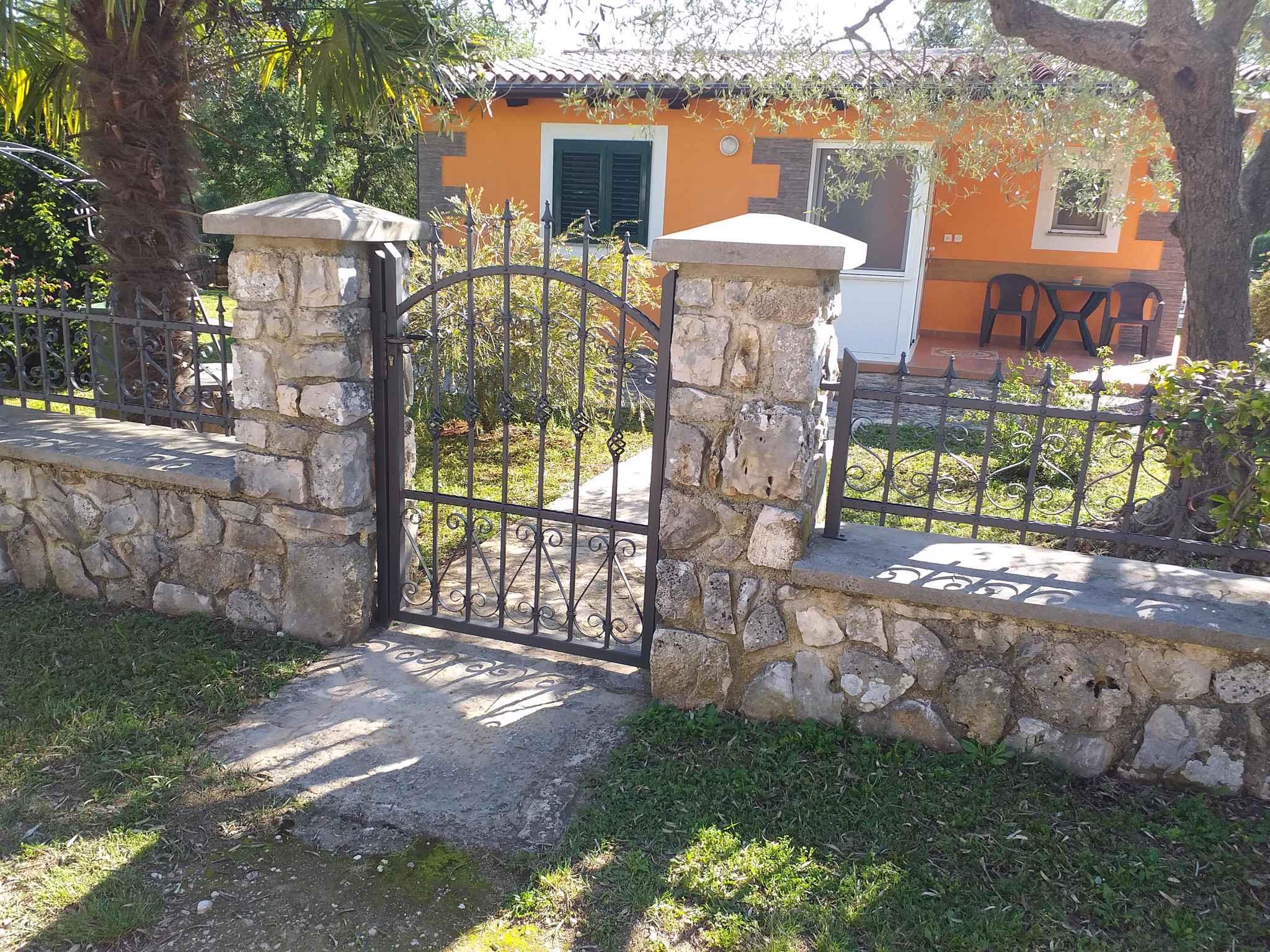 Ferienhaus mit Garten, 2,5km vom Meer entfernt (281005), Rovinj, , Istrien, Kroatien, Bild 4