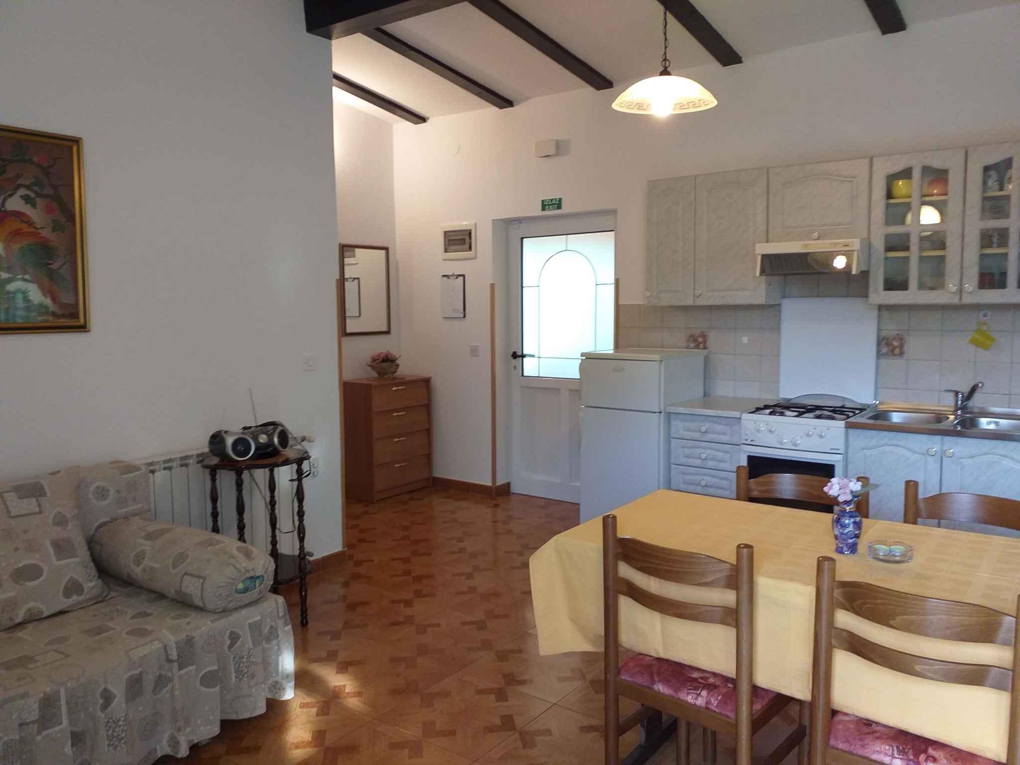 Ferienhaus mit Garten, 2,5km vom Meer entfernt (281005), Rovinj, , Istrien, Kroatien, Bild 11