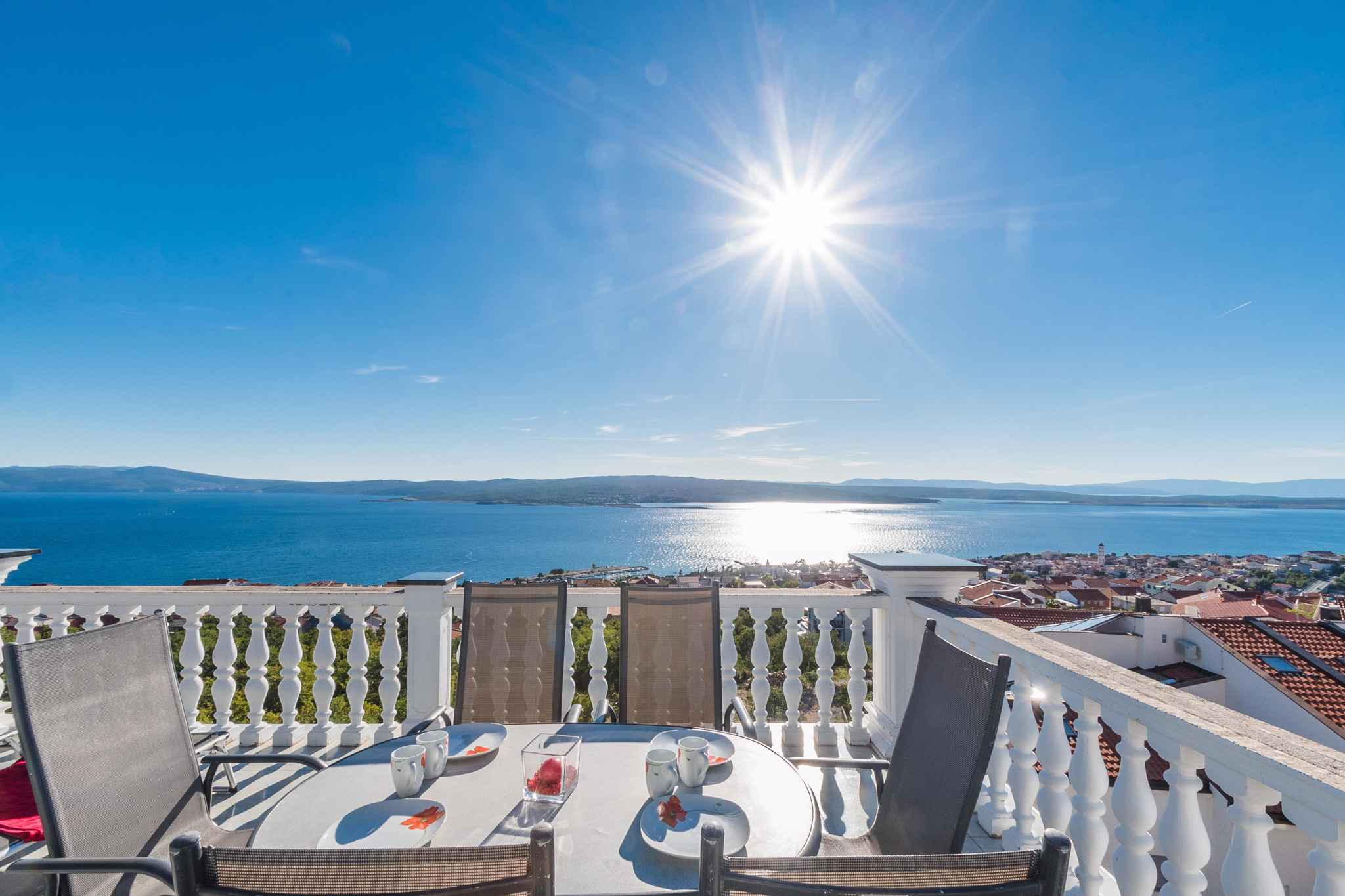 Ferienwohnung mit Terrasse und Meerblick  in Kroatien