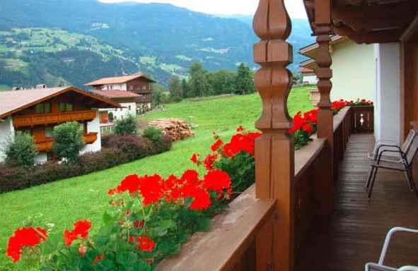 Ferienwohnung mit Balkon in Zentrumsnähe (283769), Kaltenbach, Zillertal, Tirol, Österreich, Bild 2