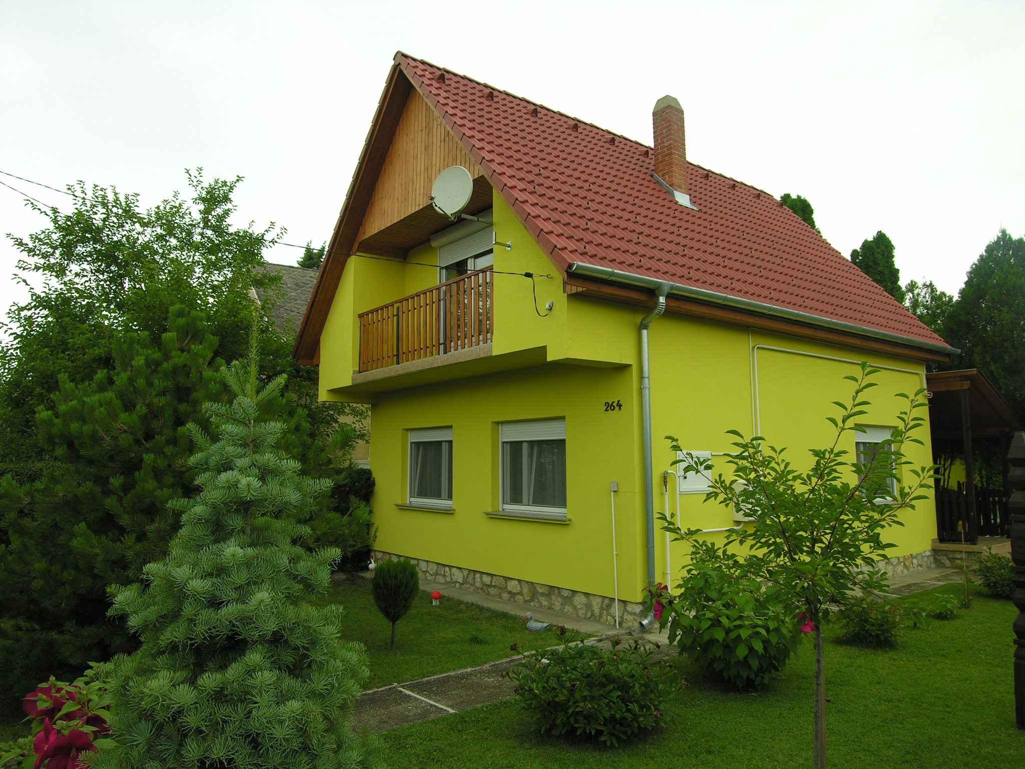 Ferienhaus in ruhiger Lage mit Garage   Balatonlelle