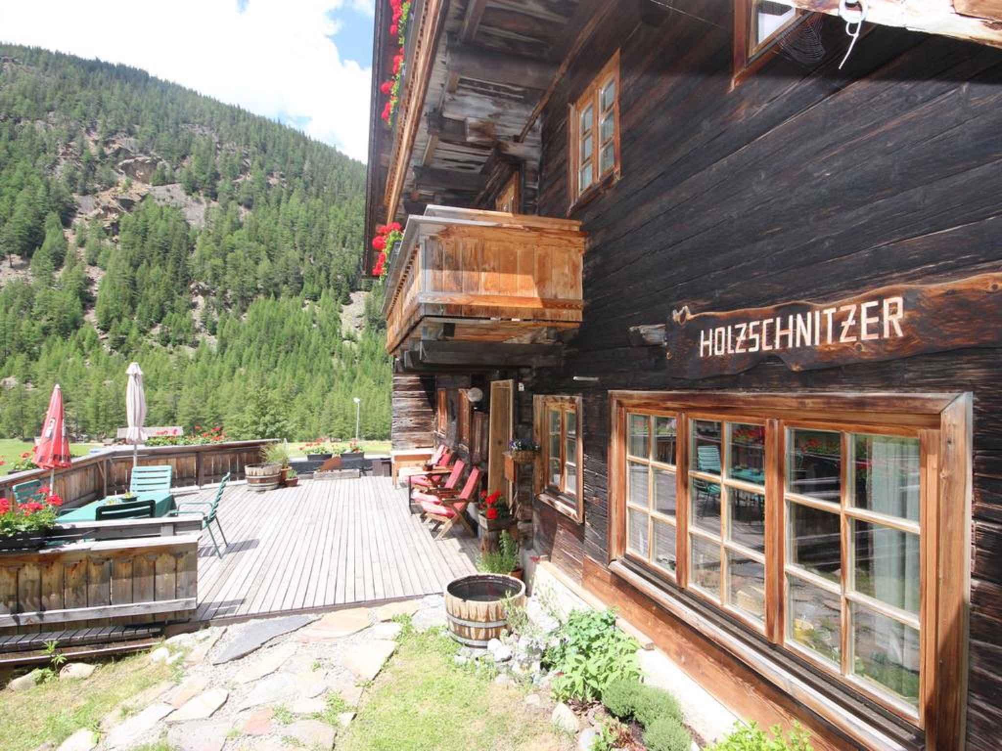 Ferienwohnung in einem über 300 Jahre alten Holzhaus (283707), Sölden (AT), Ötztal, Tirol, Österreich, Bild 2