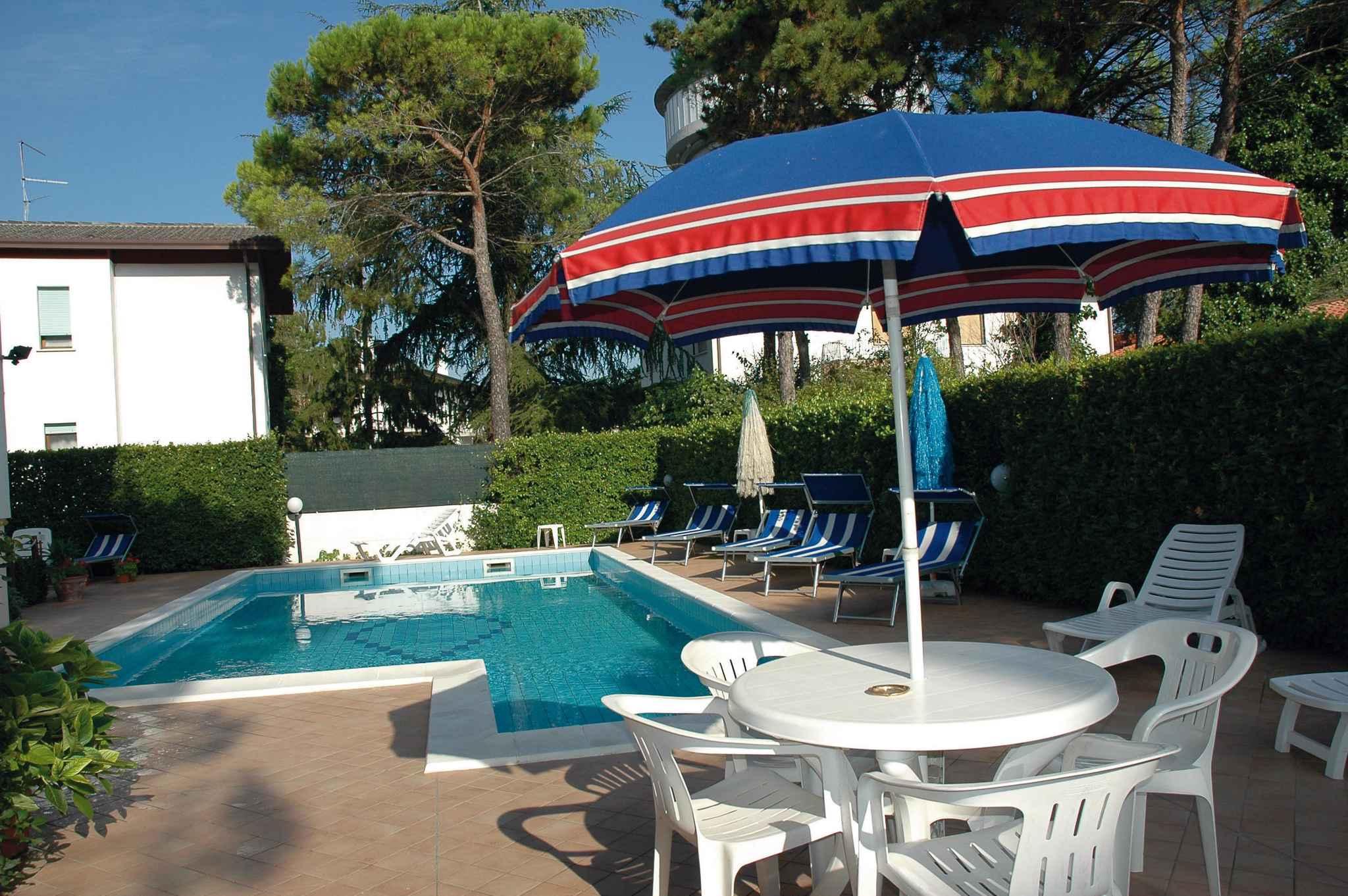 Ferienwohnung mit Pool im Grünen (279343), Lignano Sabbiadoro, Adriaküste (Friaul-Julisch Venetien), Friaul-Julisch Venetien, Italien, Bild 2