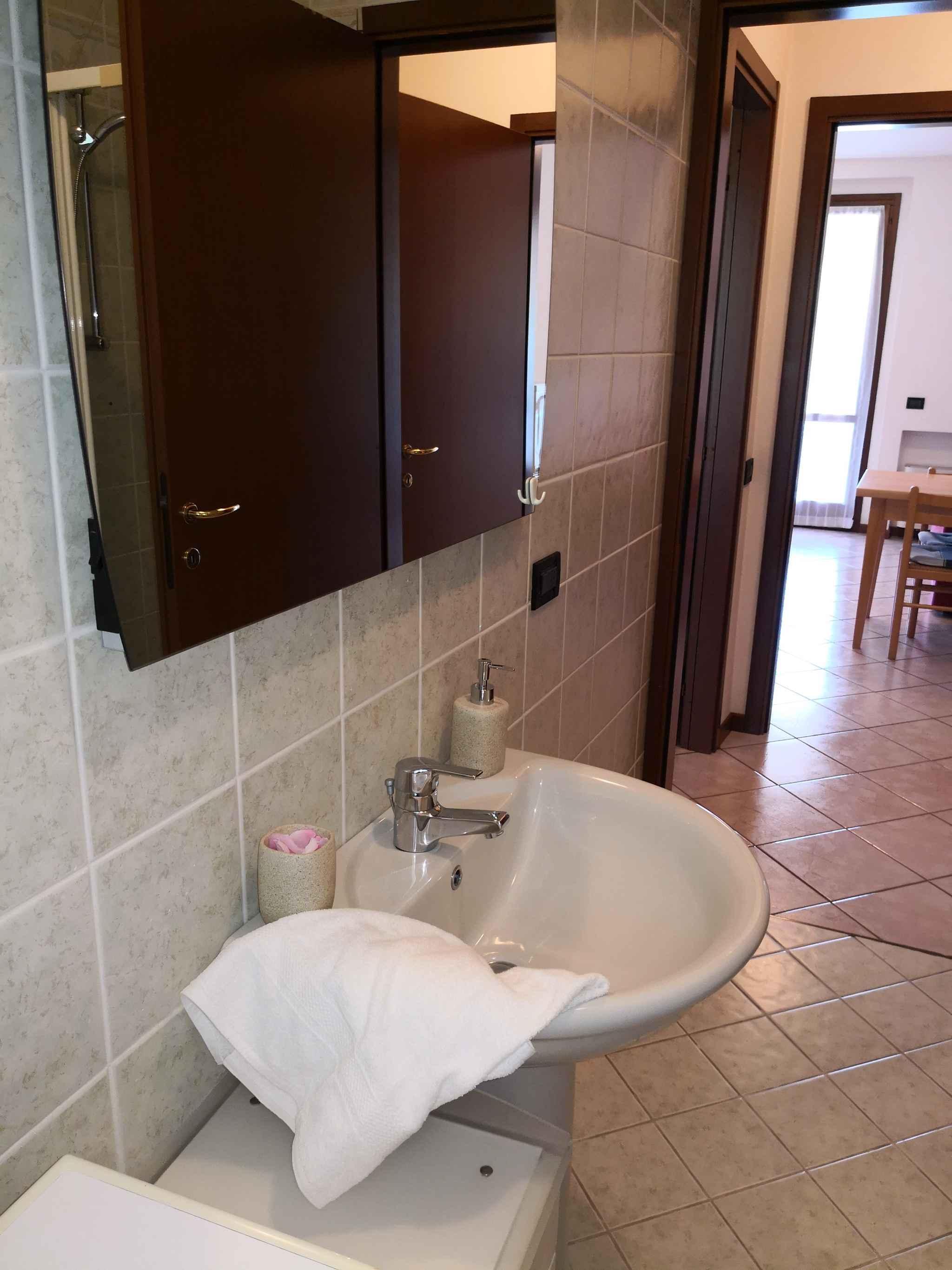 Ferienwohnung con piscina (279580), Lazise, Gardasee, Venetien, Italien, Bild 24