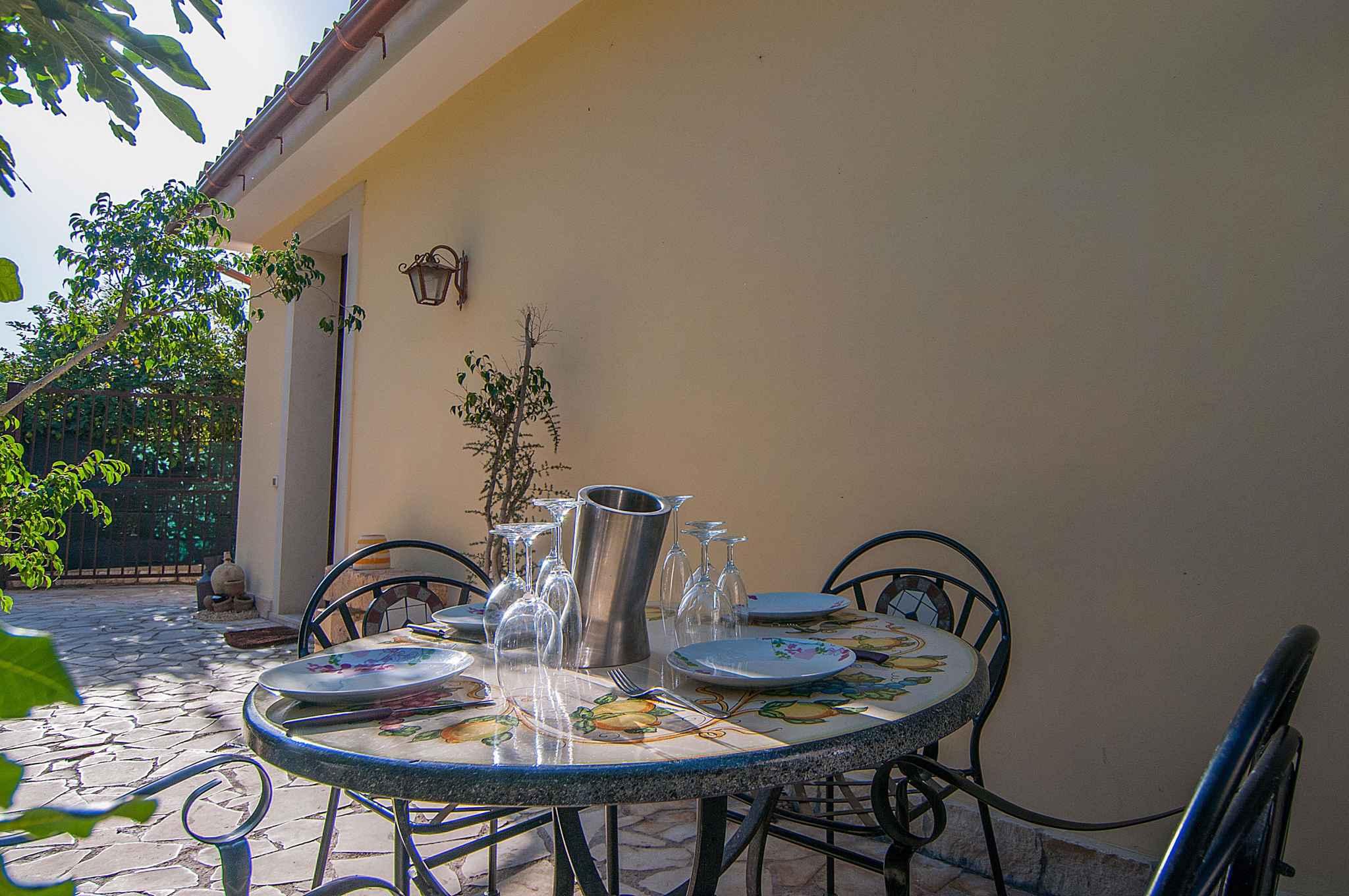 Maison de vacances mit Blick auf Zitronengarten (317534), Lido di Noto, Siracusa, Sicile, Italie, image 8