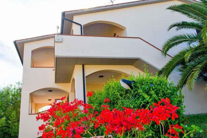 Ferienwohnung in der Nähe des längsten Strands der Insel (402559), Marina di Campo, Elba, Toskana, Italien, Bild 2