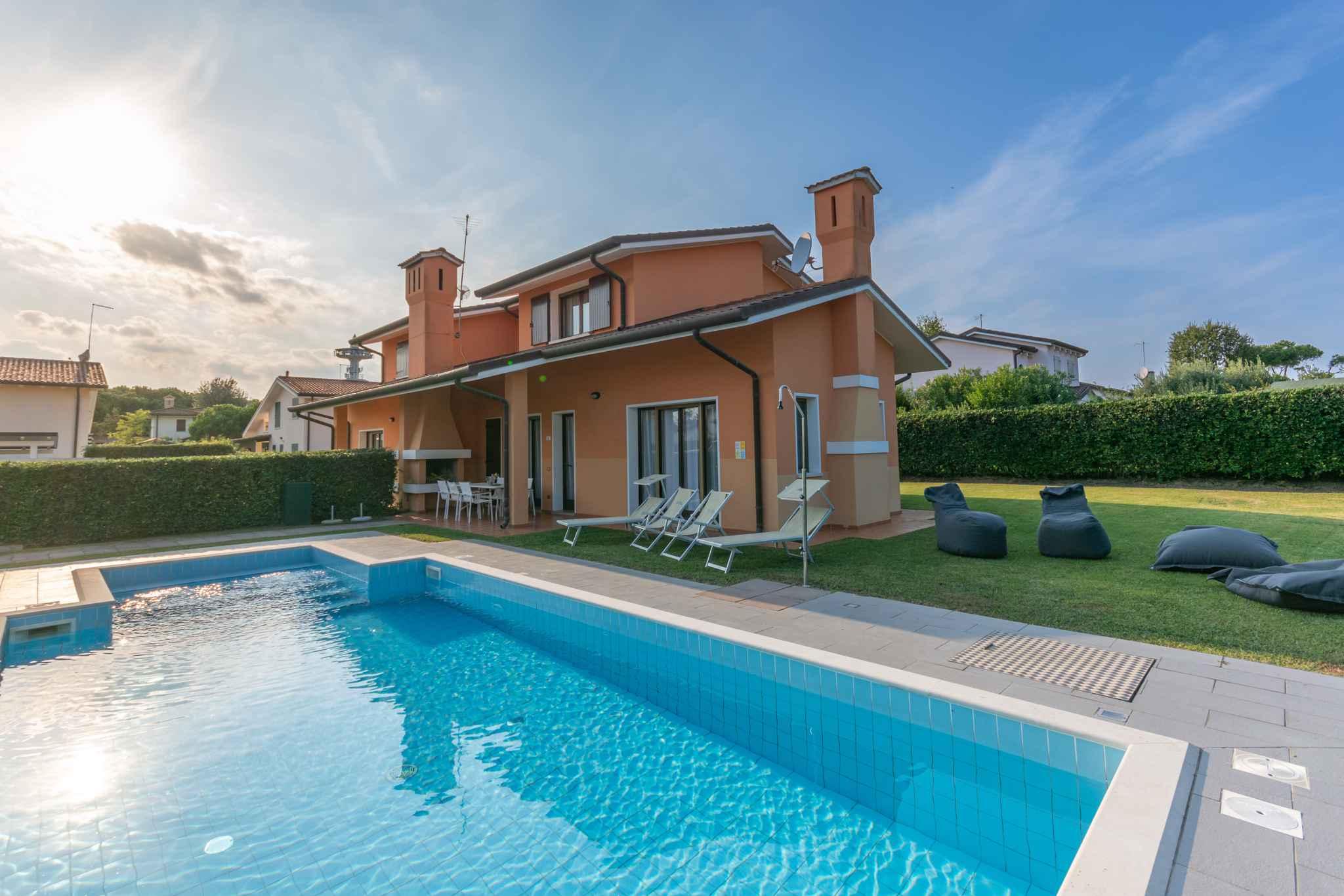 Villa mit privatem Außenpool auf der Insel A Ferienhaus in Italien