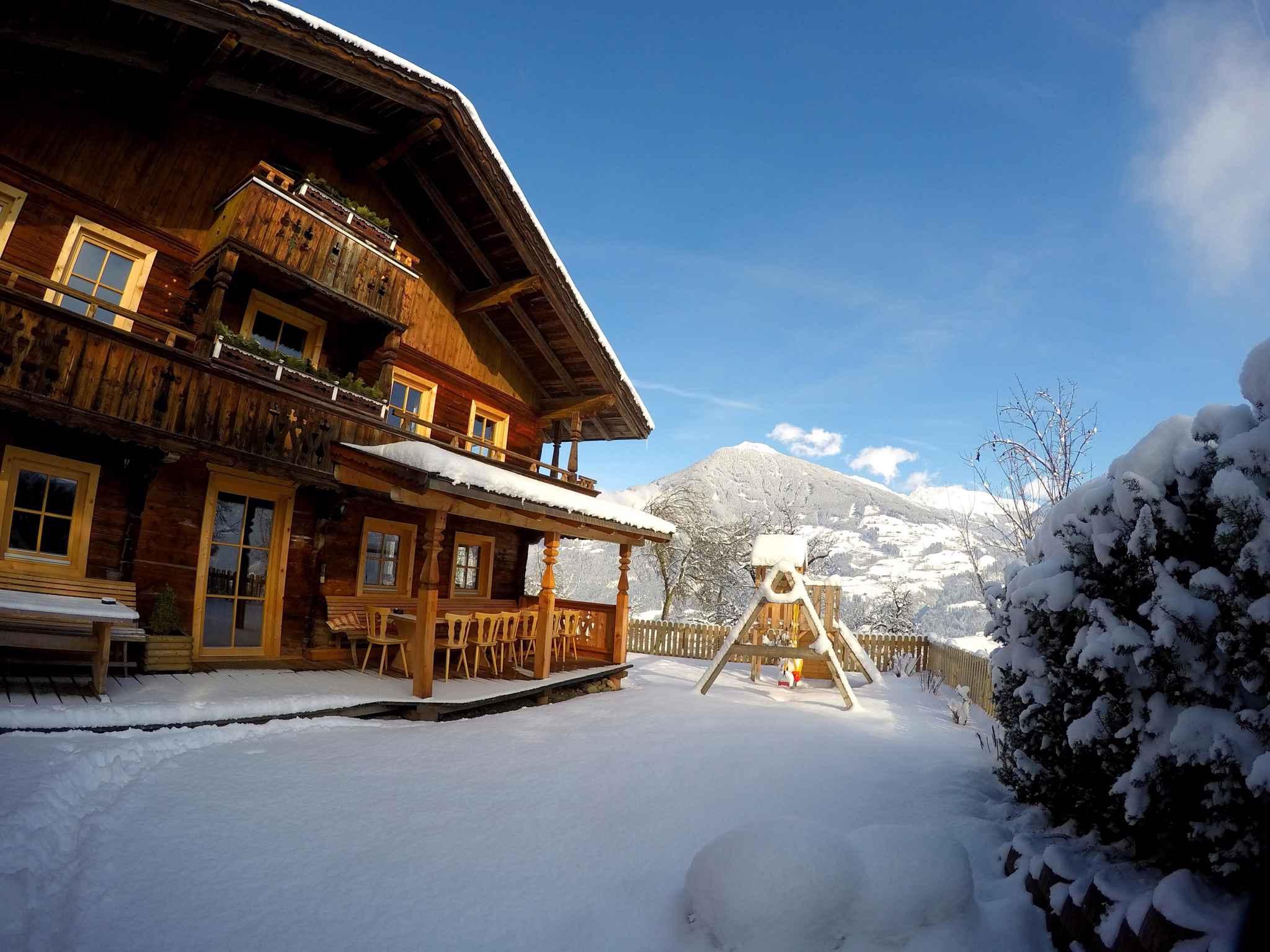 Holiday house direkt an der beschneiten und beleuchteten Talabfahrt (456965), Kaltenbach, Zillertal, Tyrol, Austria, picture 3