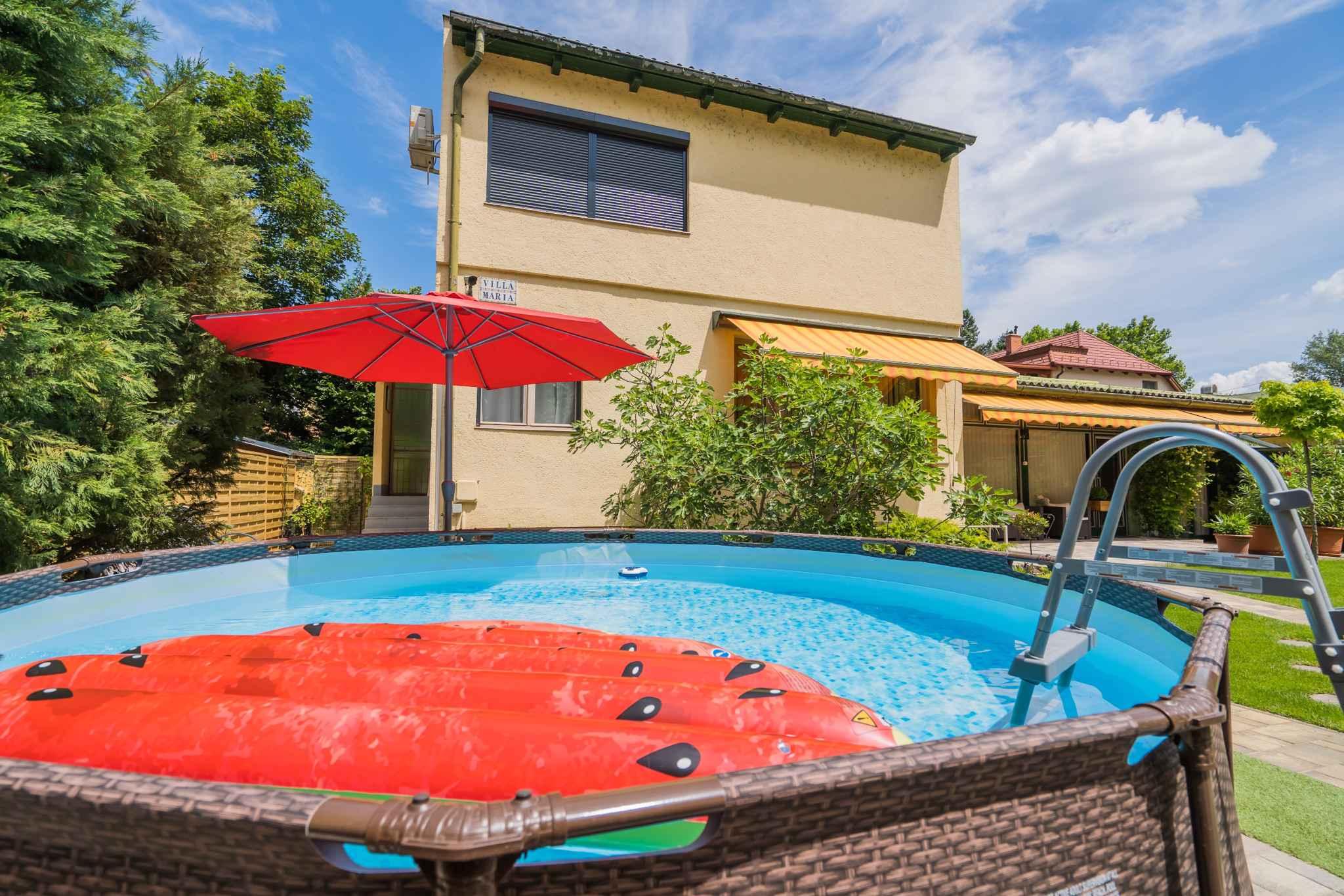 Ferienhaus mit Pool und gepflegtem Garten Ferienhaus in Ungarn