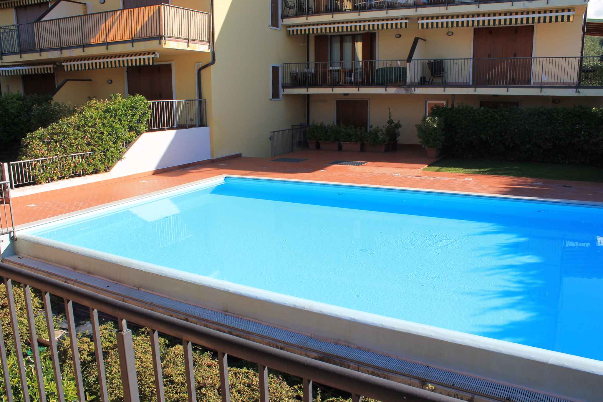 Ferienwohnung con piscina   Lazise