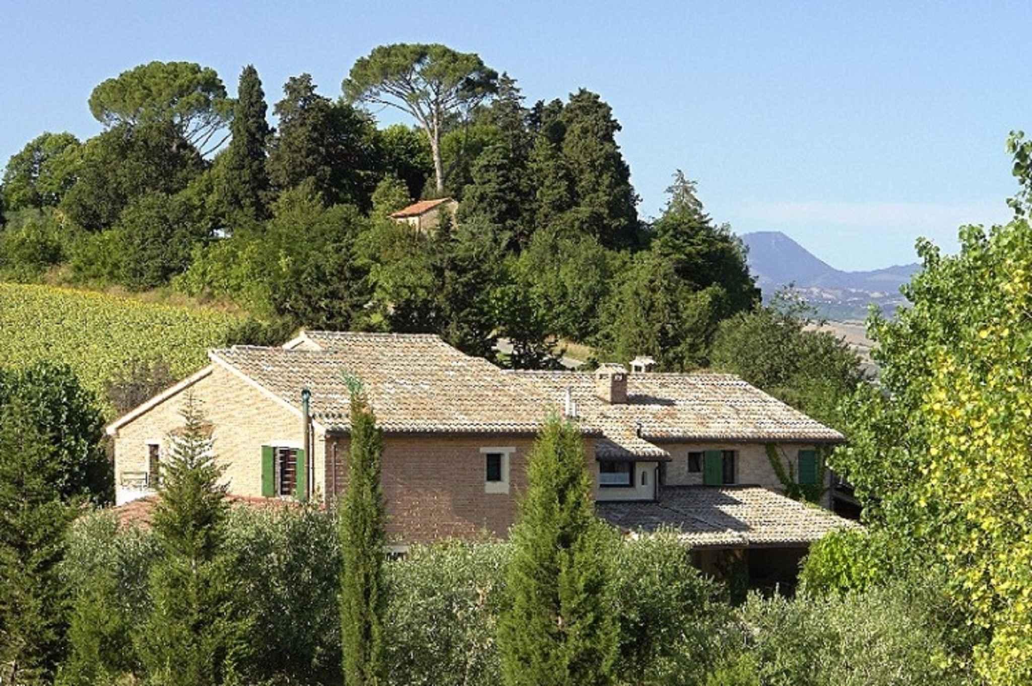 Ferienhaus per 15 persone con piscina (602147), Jesi, Ancona, Marken, Italien, Bild 2