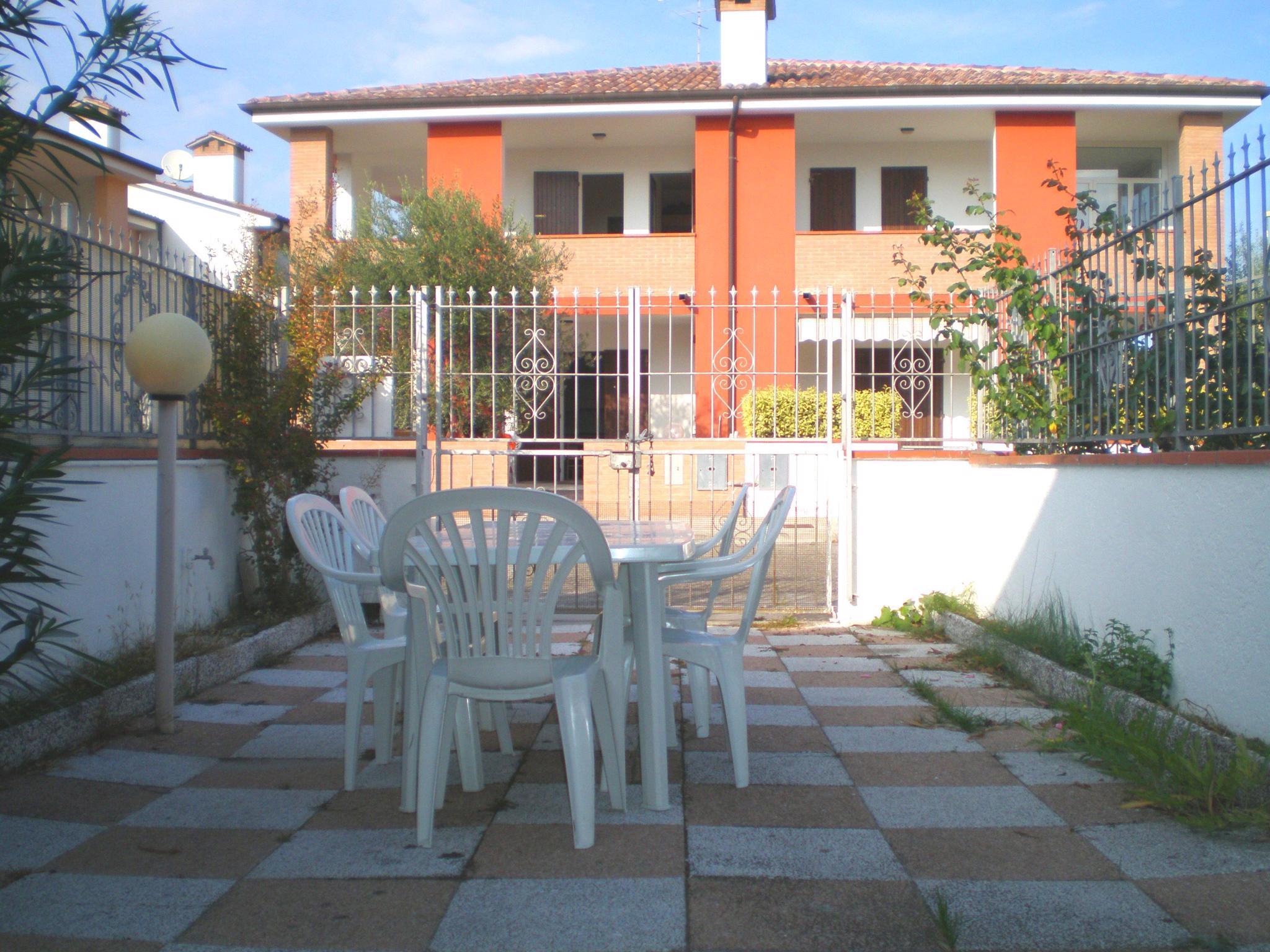 Ferienhaus mit Garten und Grill