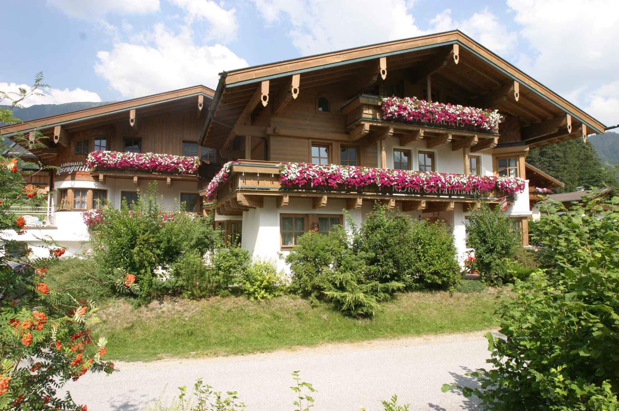 Ferienwohnung mit Balkon in ruhiger Lage (310160), Krimml, Pinzgau, Salzburg, Österreich, Bild 1