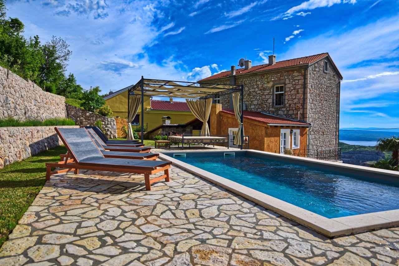 Ferienhaus mit Pool und Internet Ferienhaus in Kroatien