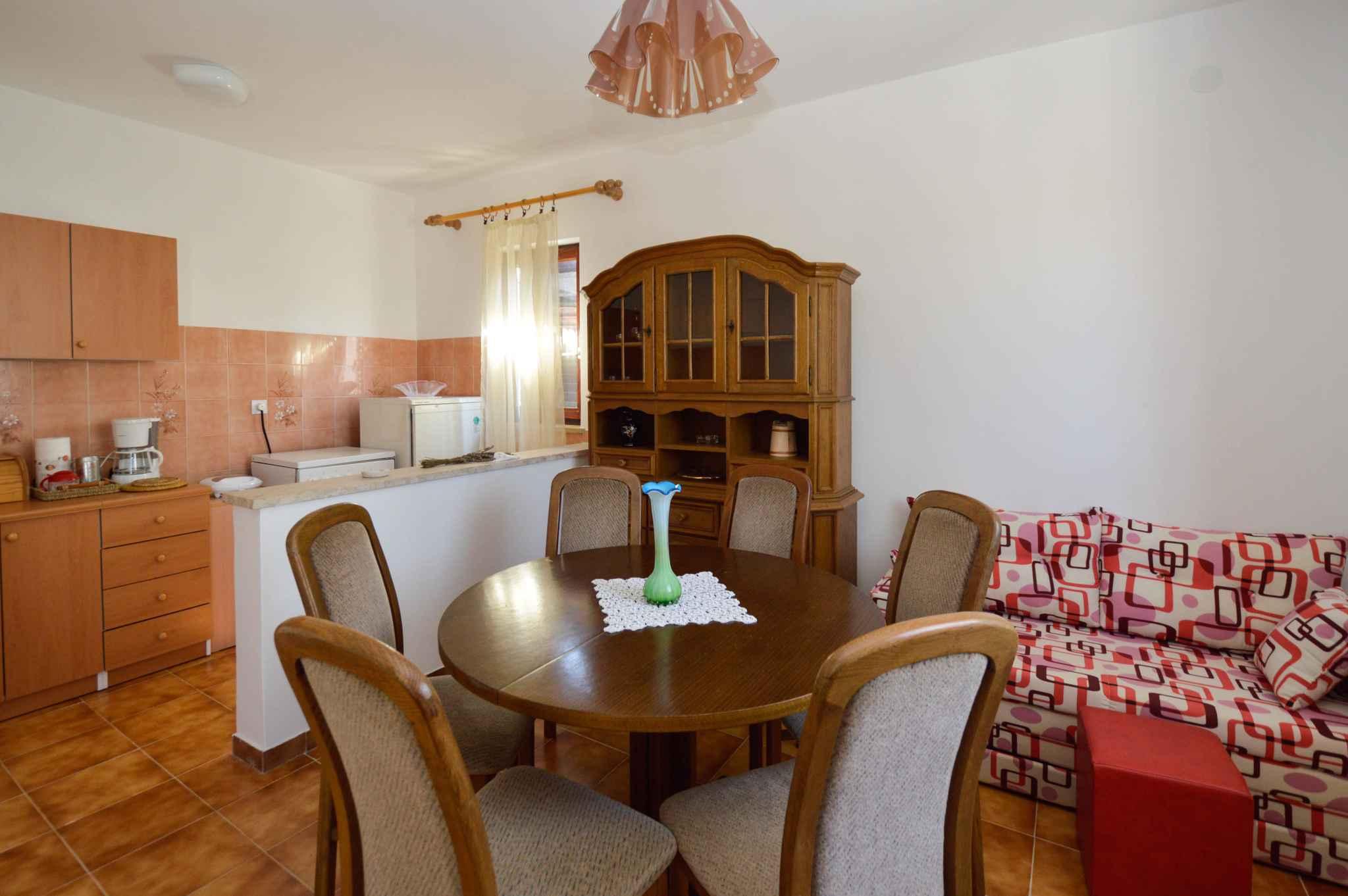Ferienhaus mit Aussenpool im Dorf (974973), Marcana, , Istrien, Kroatien, Bild 7
