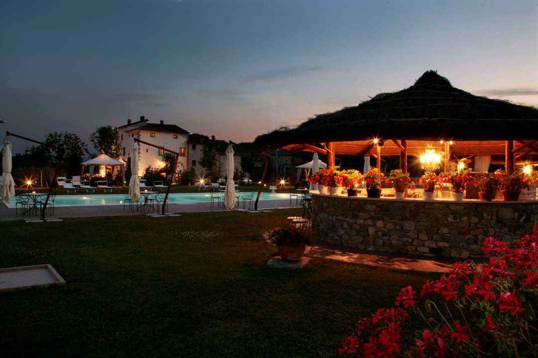 Villa con piscina Ferienhaus in Italien