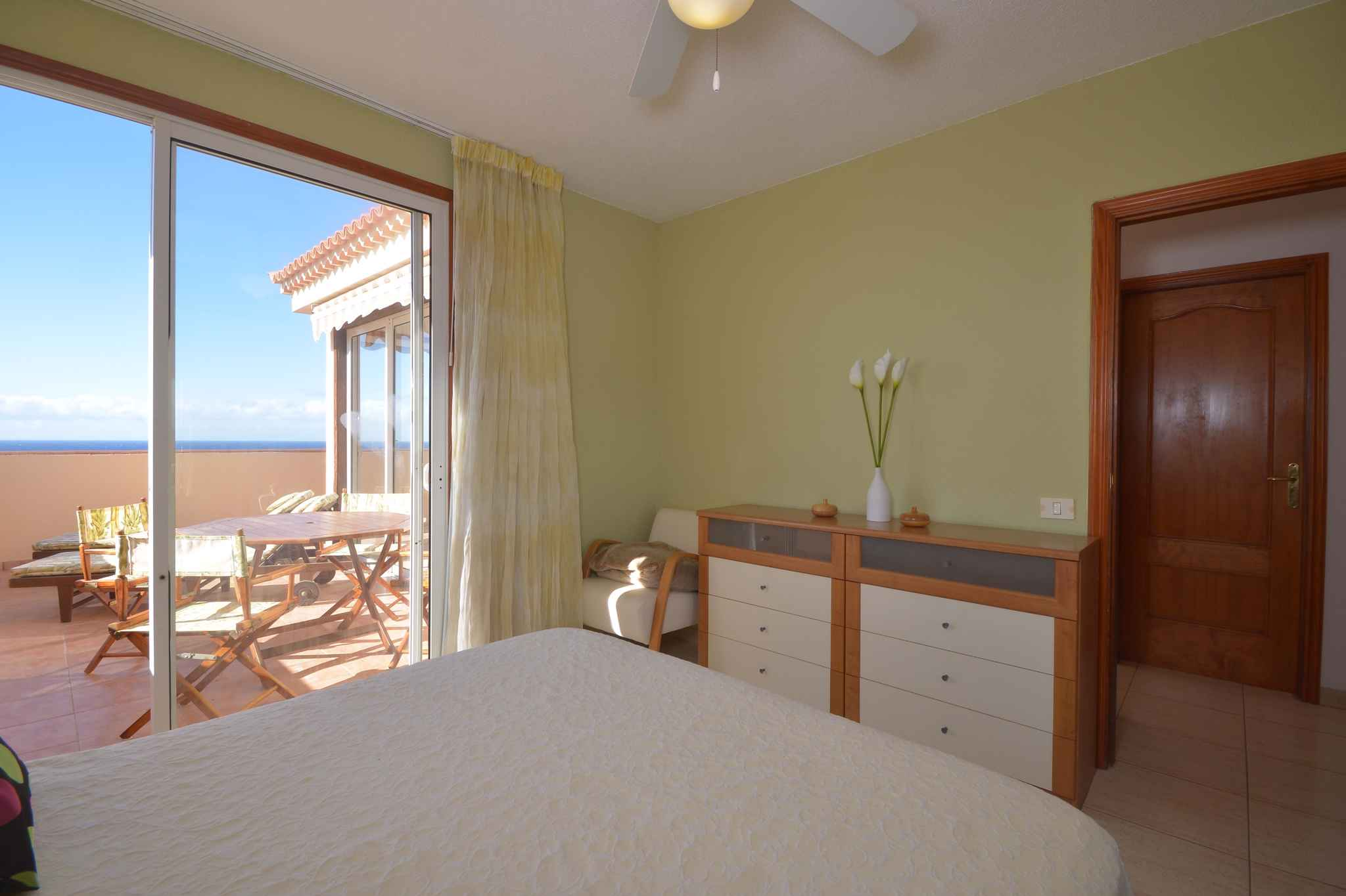 Holiday apartment Penthousewohnung mit freiem Meerblick (1671165), Palm-Mar, Tenerife, Canary Islands, Spain, picture 23