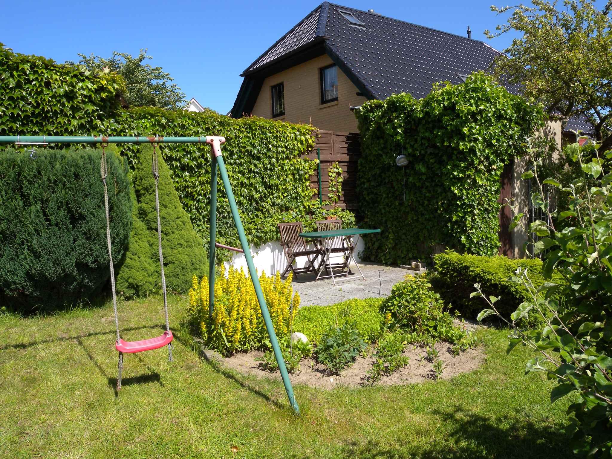 Ferienhaus Bungalow Ferienhaus mit Terrasse und Garten (358672), Bergen (Rügen), Rügen, Mecklenburg-Vorpommern, Deutschland, Bild 8