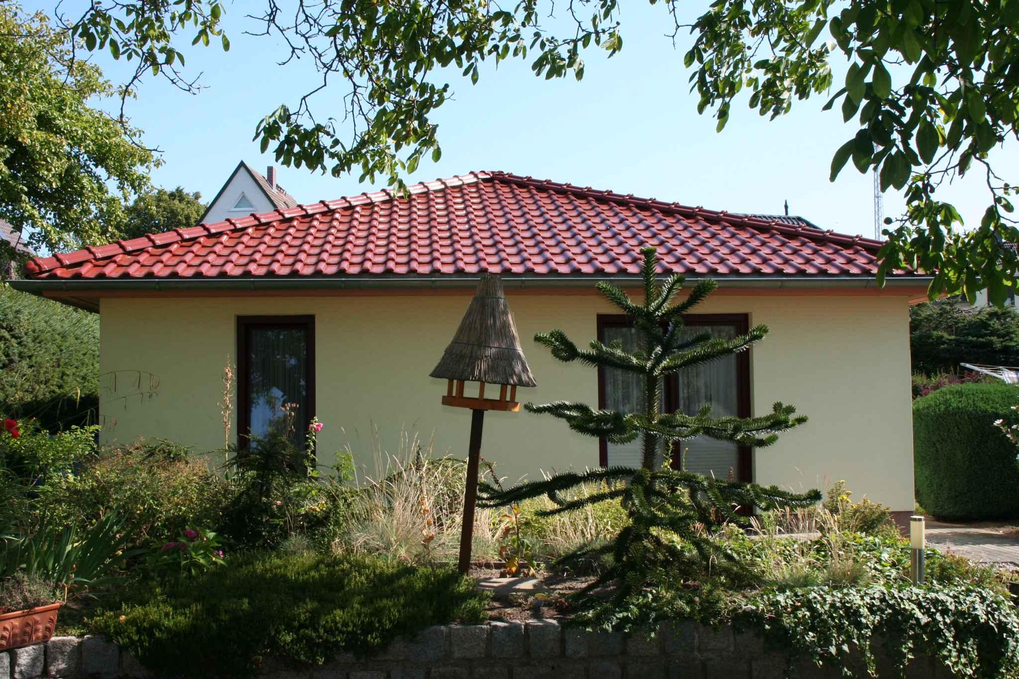 Ferienhaus Bungalow Ferienhaus mit Terrasse und Garten (358672), Bergen (Rügen), Rügen, Mecklenburg-Vorpommern, Deutschland, Bild 3