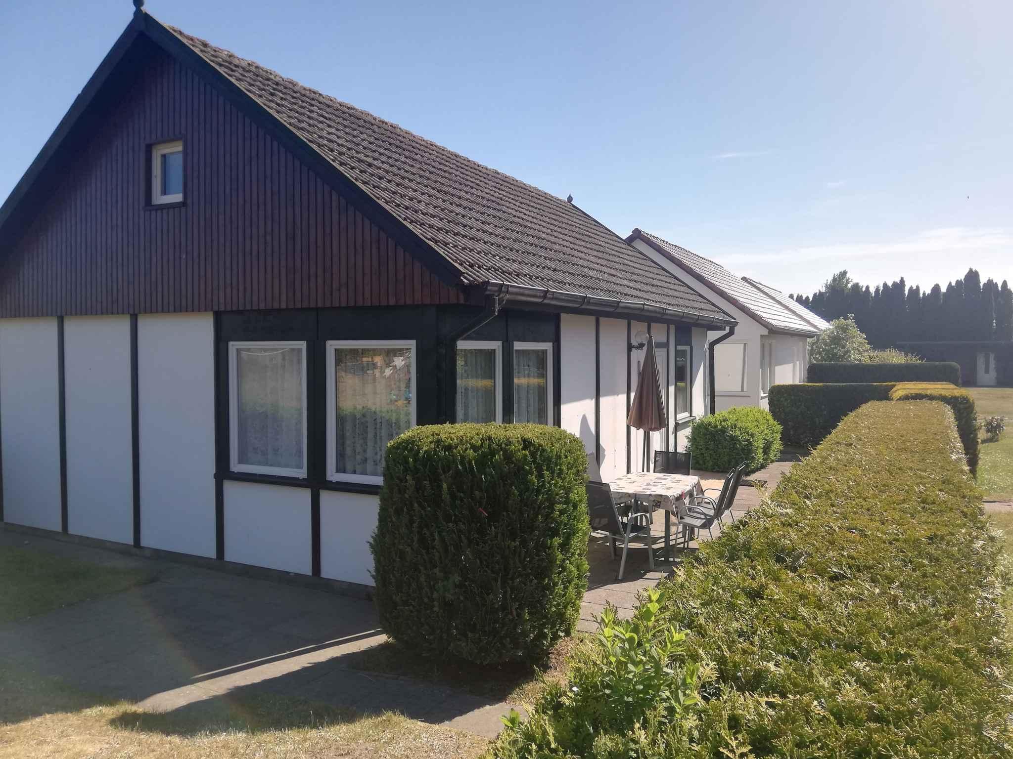 Ferienhaus Bungalow mit Terrasse und Garten (356736), Fuhlendorf, Ostseeküste Mecklenburg-Vorpommern, Mecklenburg-Vorpommern, Deutschland, Bild 2