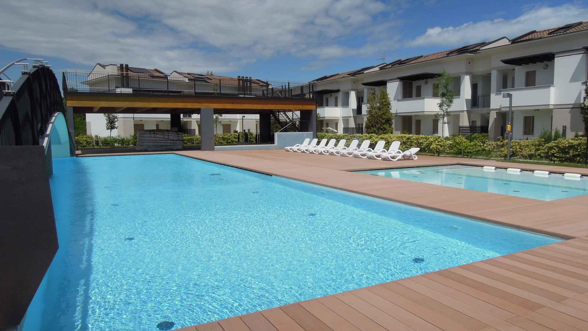 Ferienwohnung Neue elegante Ferienanlage nur 500 m vom Meer