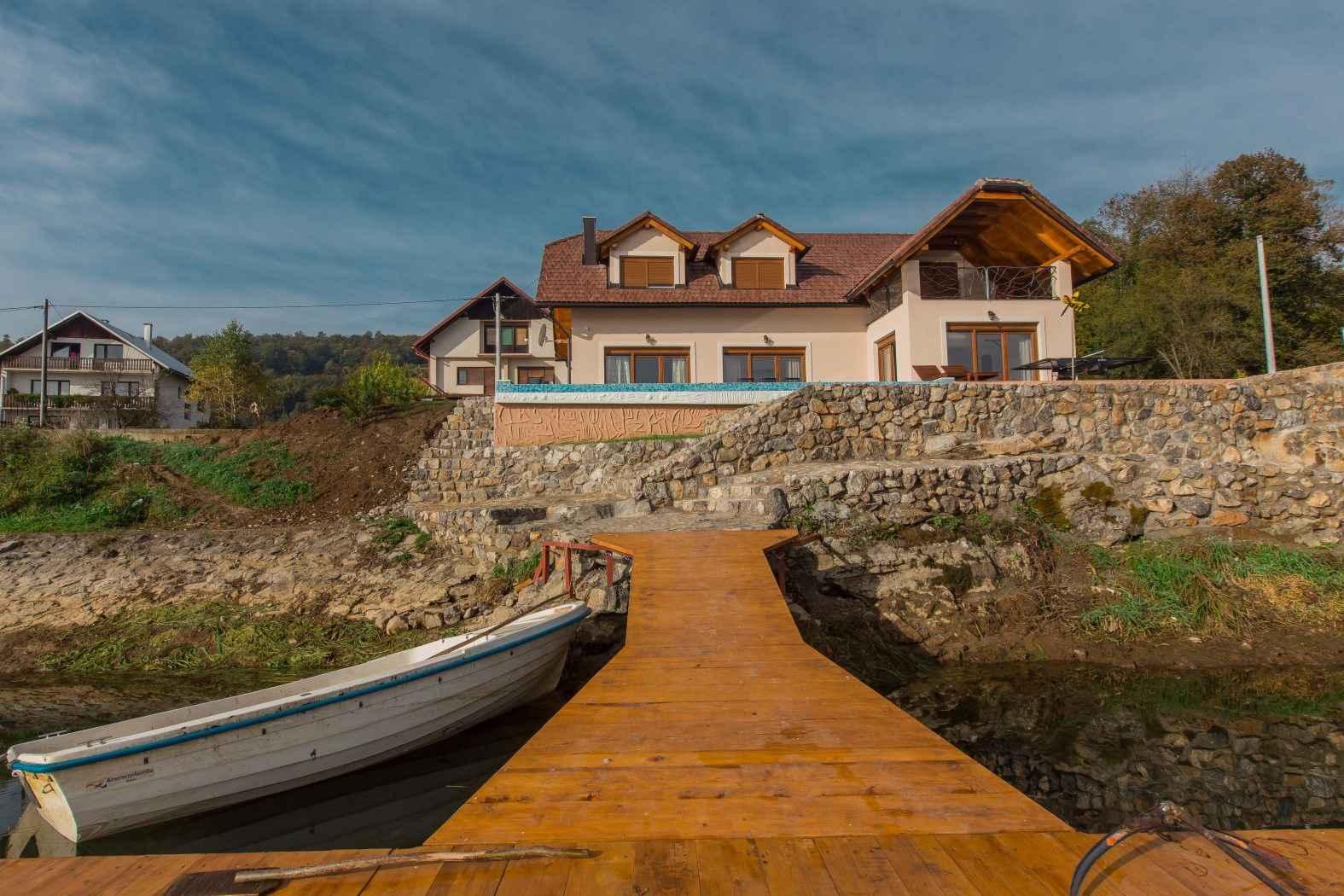 Ferienhaus mit Pool am See gelegen (2047240), Ogulin, , Mittelkroatien, Kroatien, Bild 7