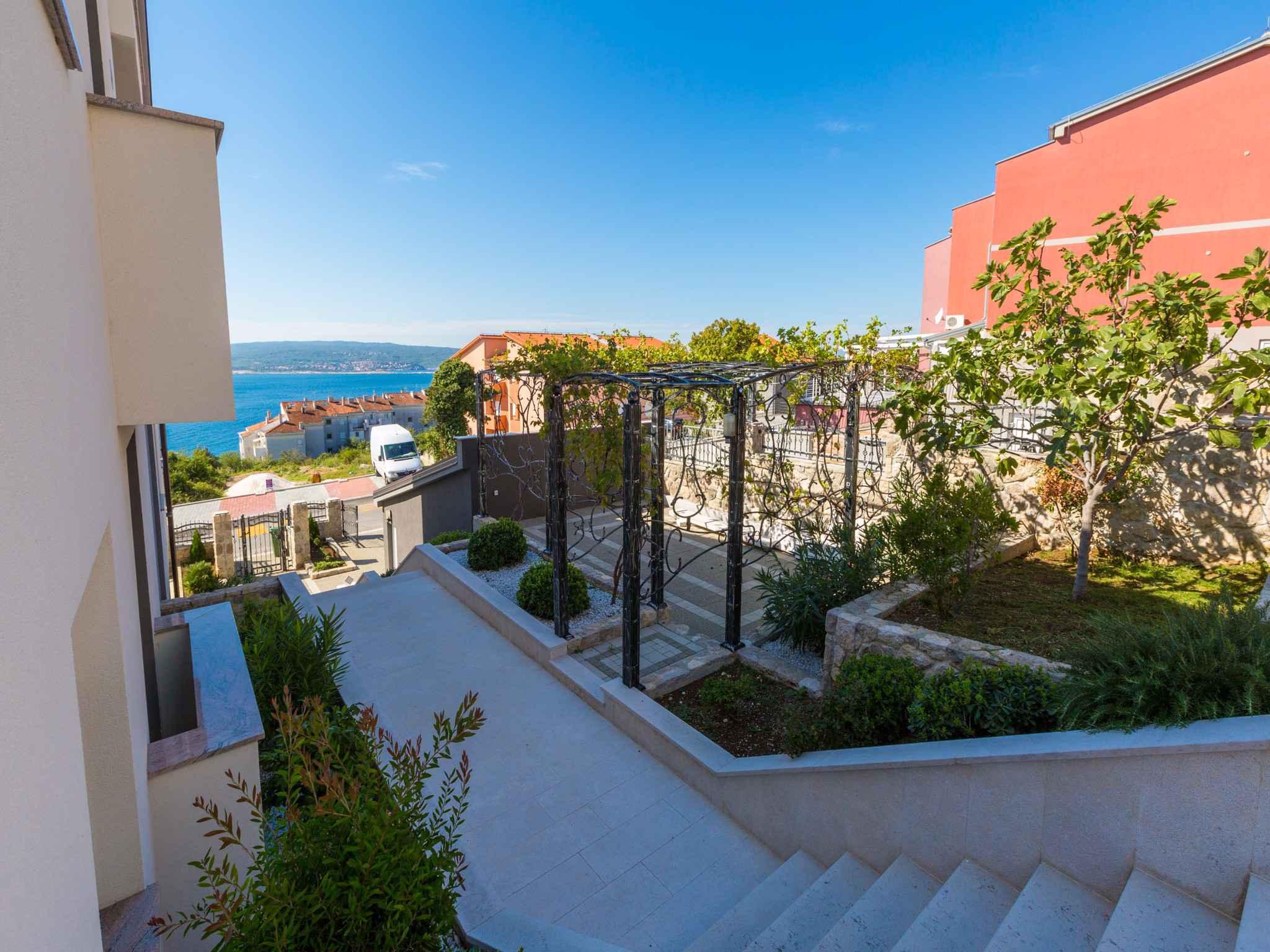 Ferienwohnung mit Pool und Meerblick  in Kroatien