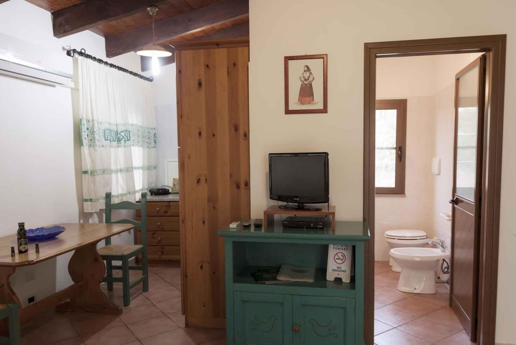 Ferienwohnung Studio mit Pool und Klimaanlage (2182424), Alghero, Sassari, Sardinien, Italien, Bild 6
