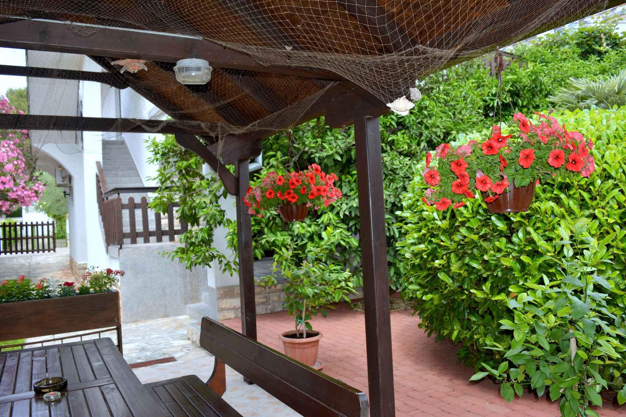 Ferienwohnung mit Balkon und nur 200 m bis zum Strand (278777), Vodice, , Dalmatien, Kroatien, Bild 4