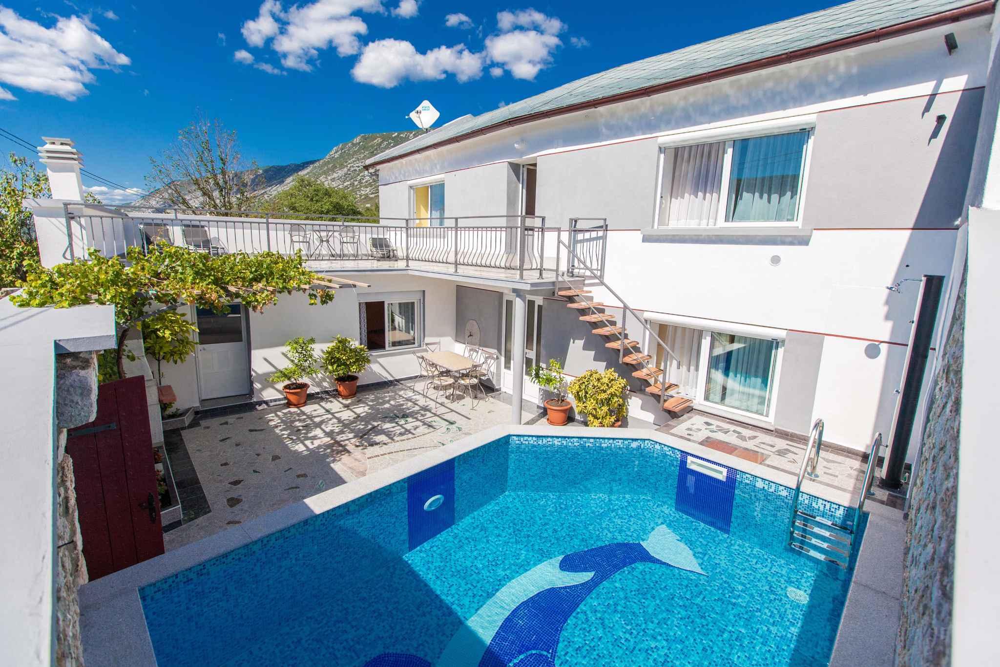 Ferienhaus with Pool Ferienhaus in Kroatien