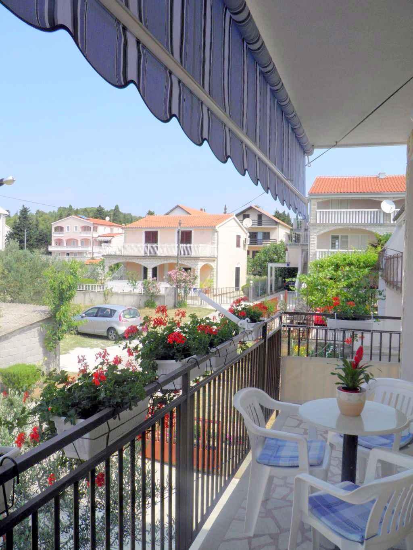 Ferienwohnung mit Klimaanlage und Balkon (278865), Vodice, , Dalmatien, Kroatien, Bild 2