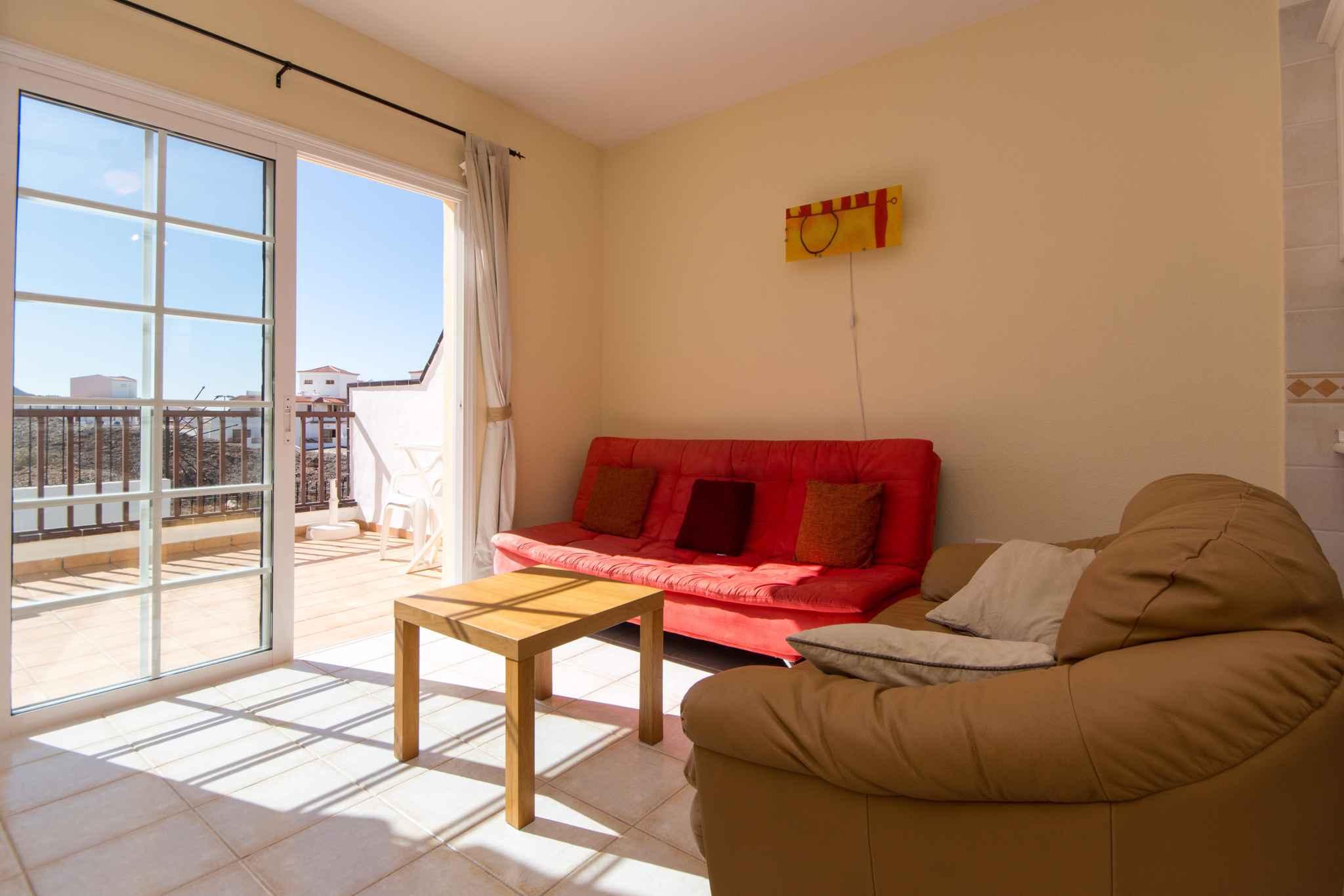 Holiday apartment mit Pool zur gemeinsamen Nutzung (2382910), Los Cristianos, Tenerife, Canary Islands, Spain, picture 12