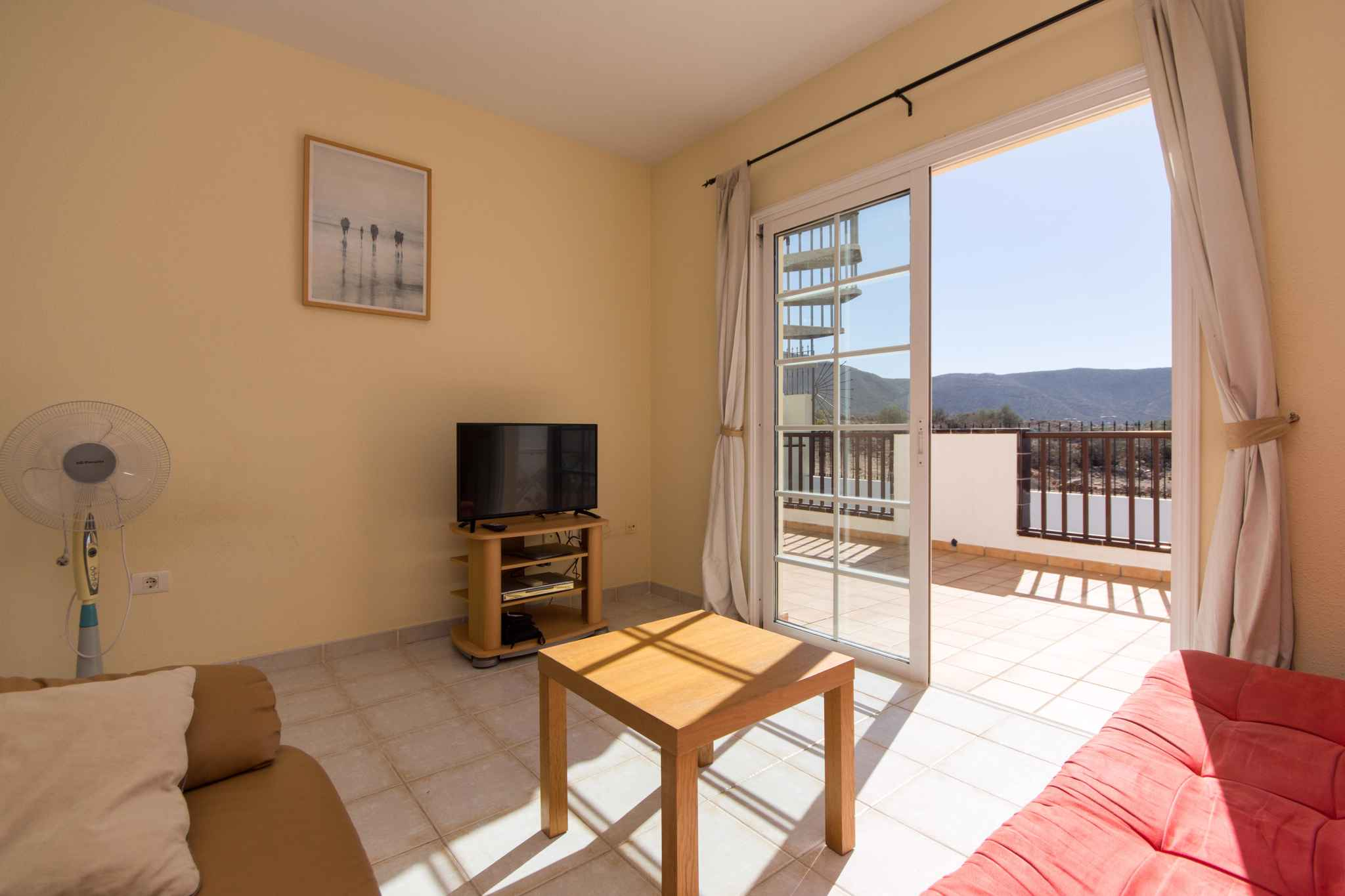 Holiday apartment mit Pool zur gemeinsamen Nutzung (2382910), Los Cristianos, Tenerife, Canary Islands, Spain, picture 15