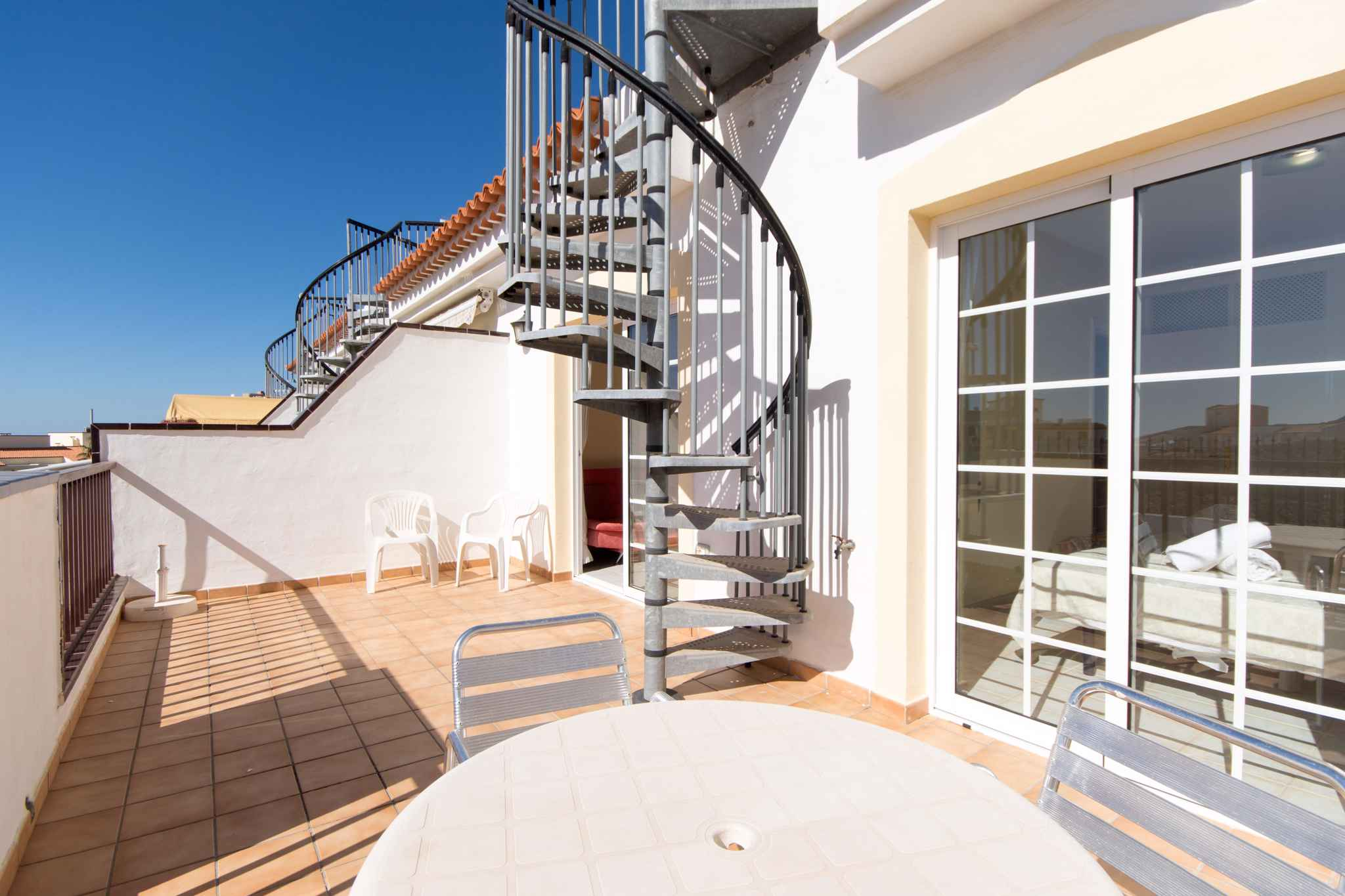 Holiday apartment mit Pool zur gemeinsamen Nutzung (2382910), Los Cristianos, Tenerife, Canary Islands, Spain, picture 3