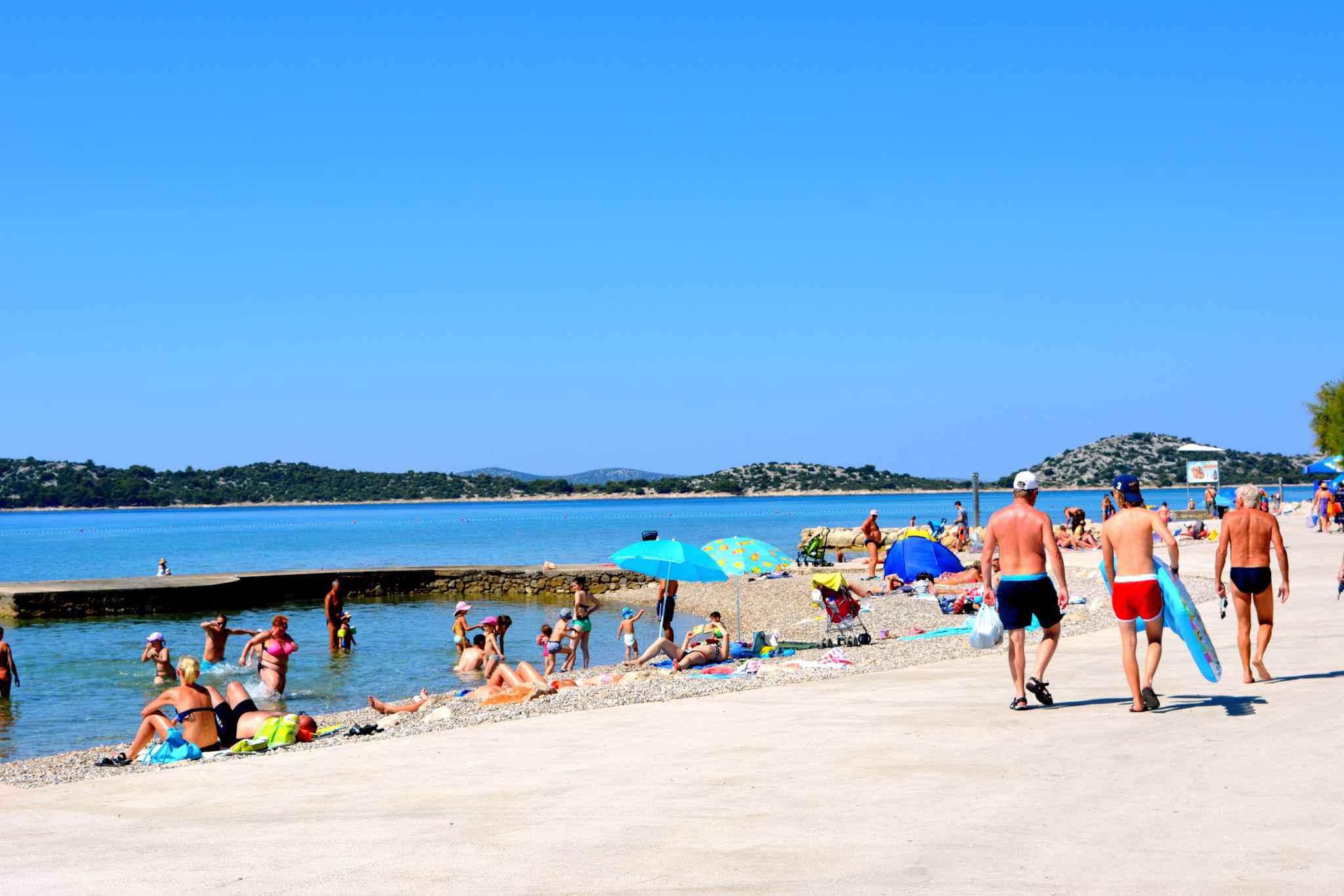 Ferienwohnung mit 15 qm Terrasse (278773), Vodice, , Dalmatien, Kroatien, Bild 7